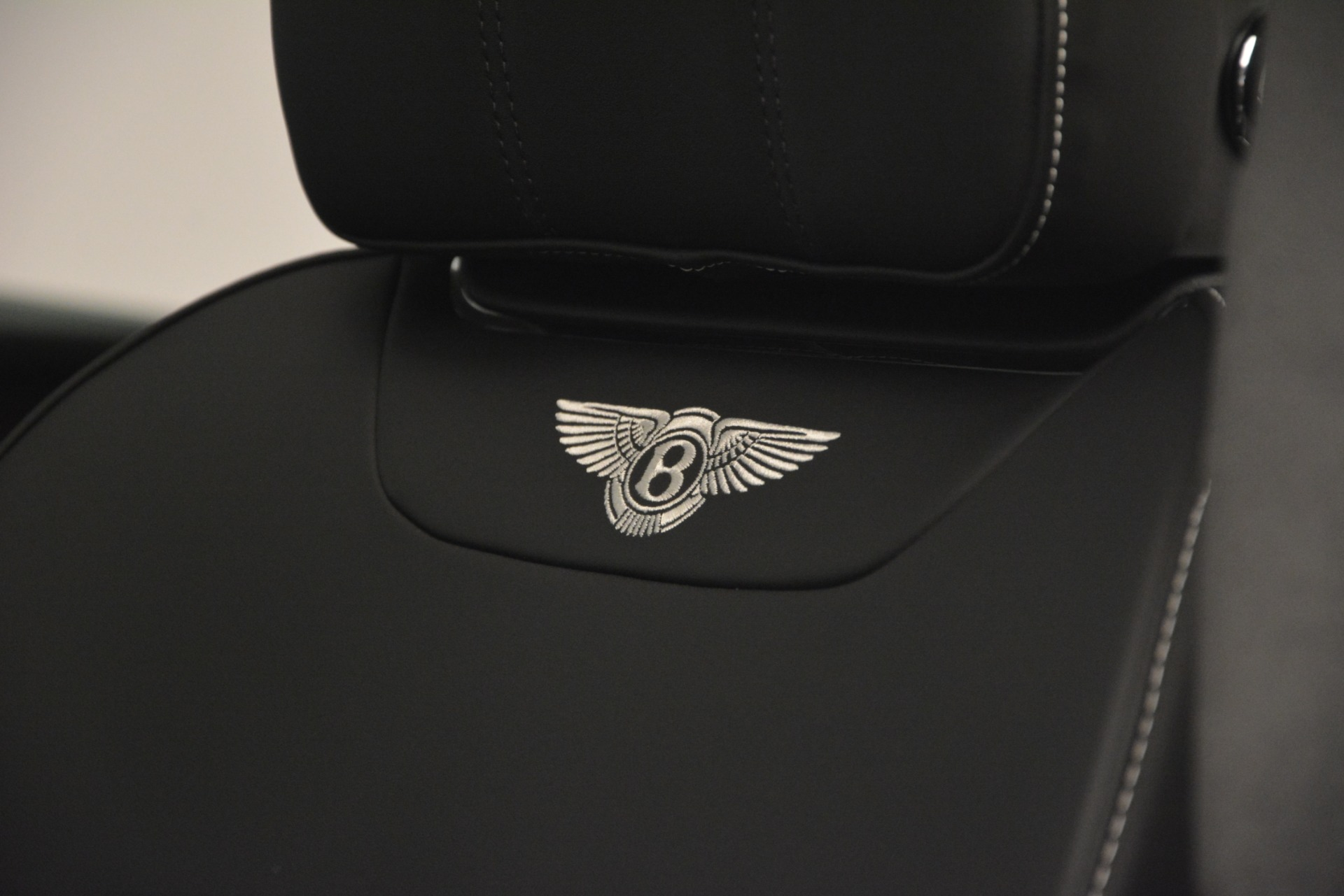 Used 2019 Bentley Bentayga V8 For Sale In Greenwich, CT 2540_p20