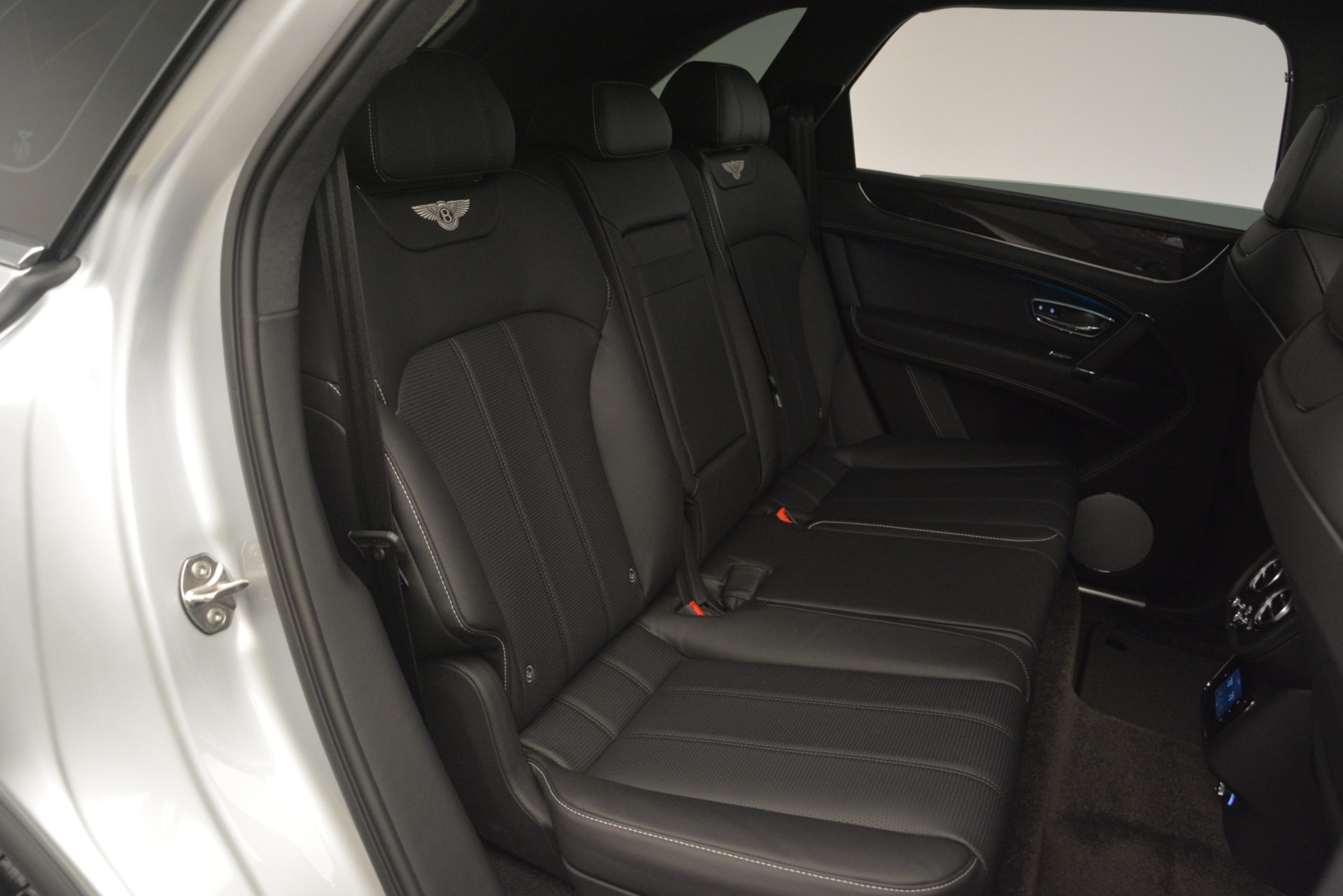 Used 2019 Bentley Bentayga V8 For Sale In Greenwich, CT 2540_p29