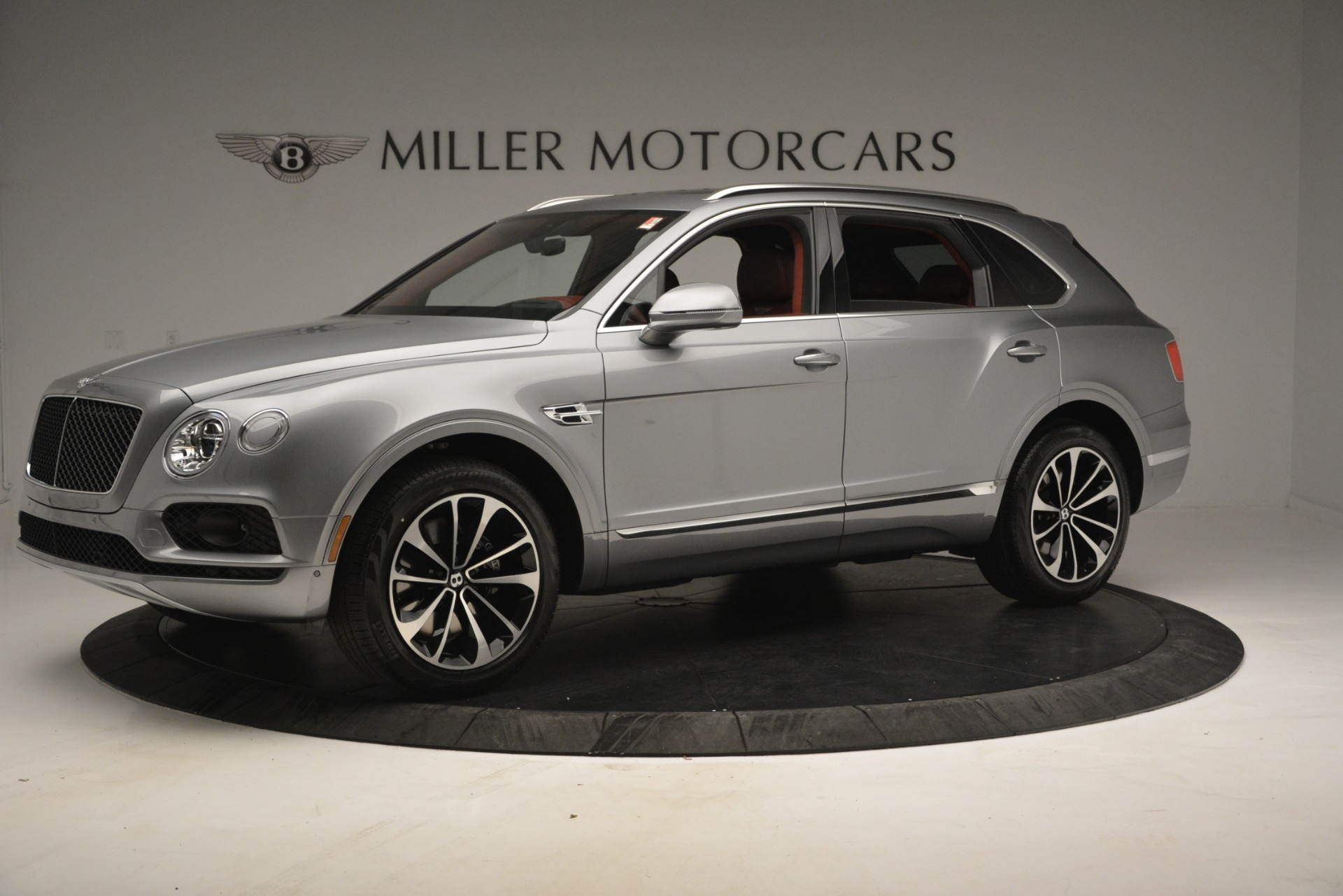 New 2019 Bentley Bentayga V8 For Sale In Greenwich, CT 2542_p2