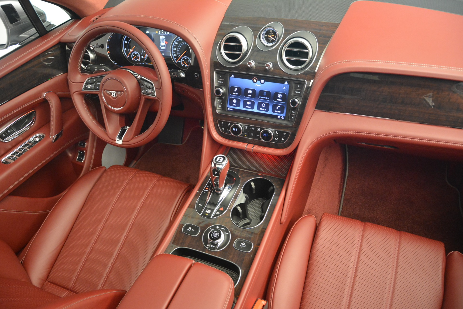 New 2019 Bentley Bentayga V8 For Sale In Greenwich, CT 2542_p30