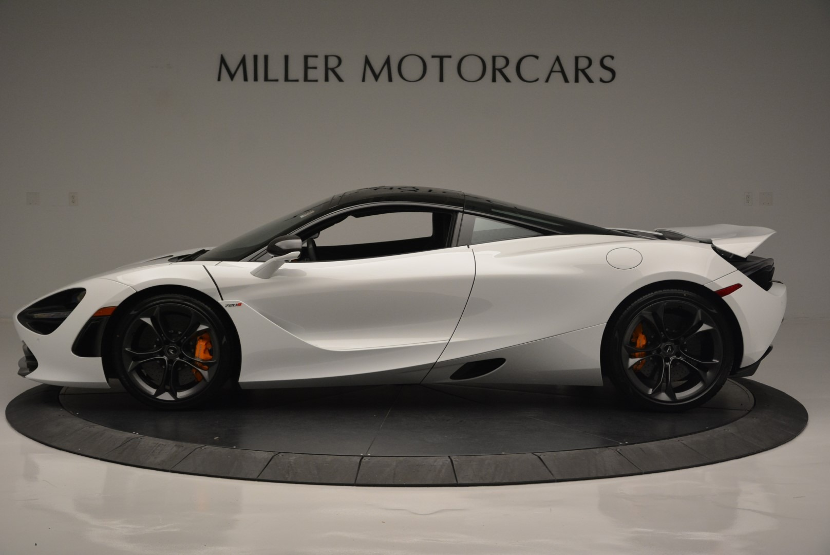 Used 2019 McLaren 720S Coupe For Sale In Greenwich, CT 2543_p3