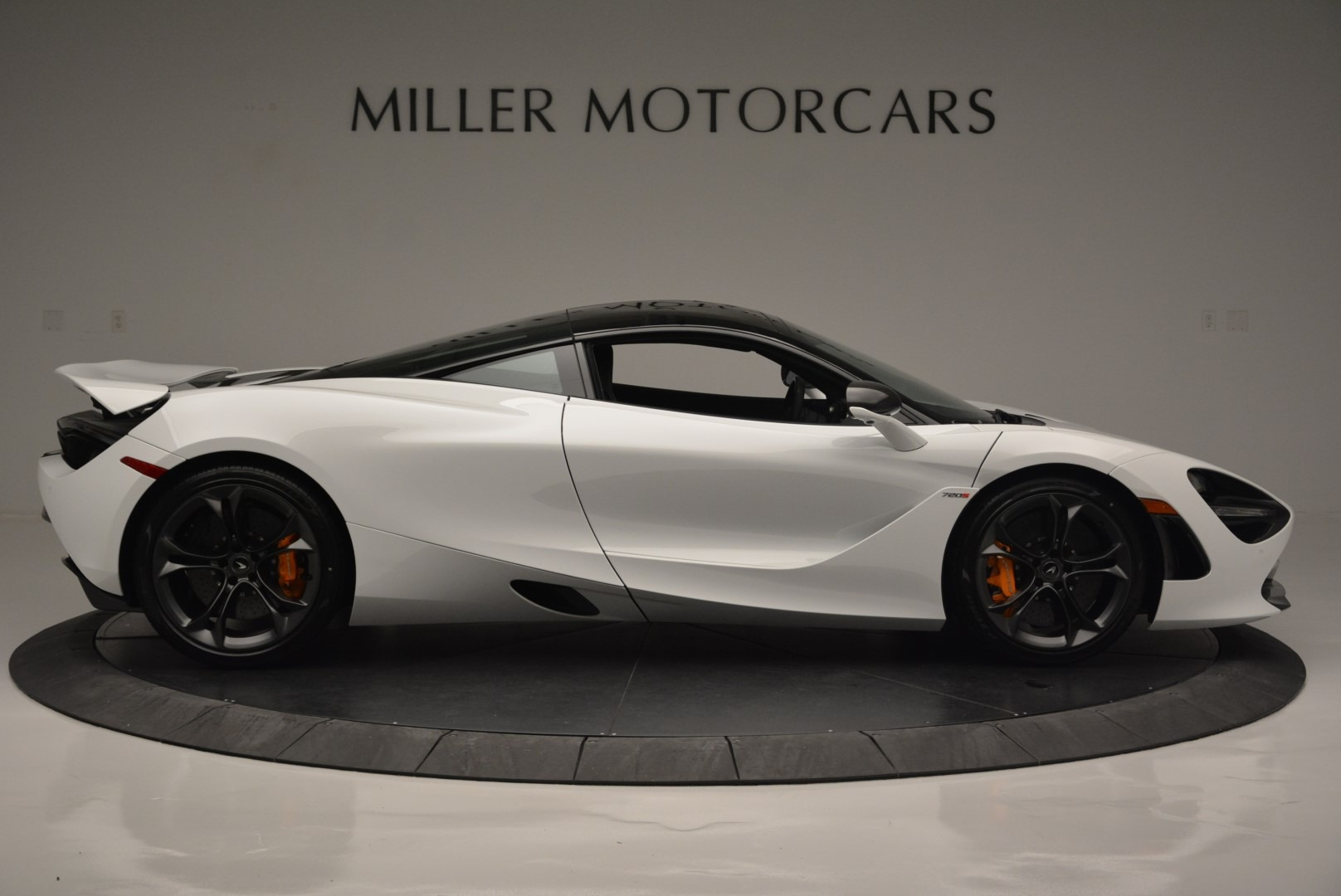 Used 2019 McLaren 720S Coupe For Sale In Greenwich, CT 2543_p9