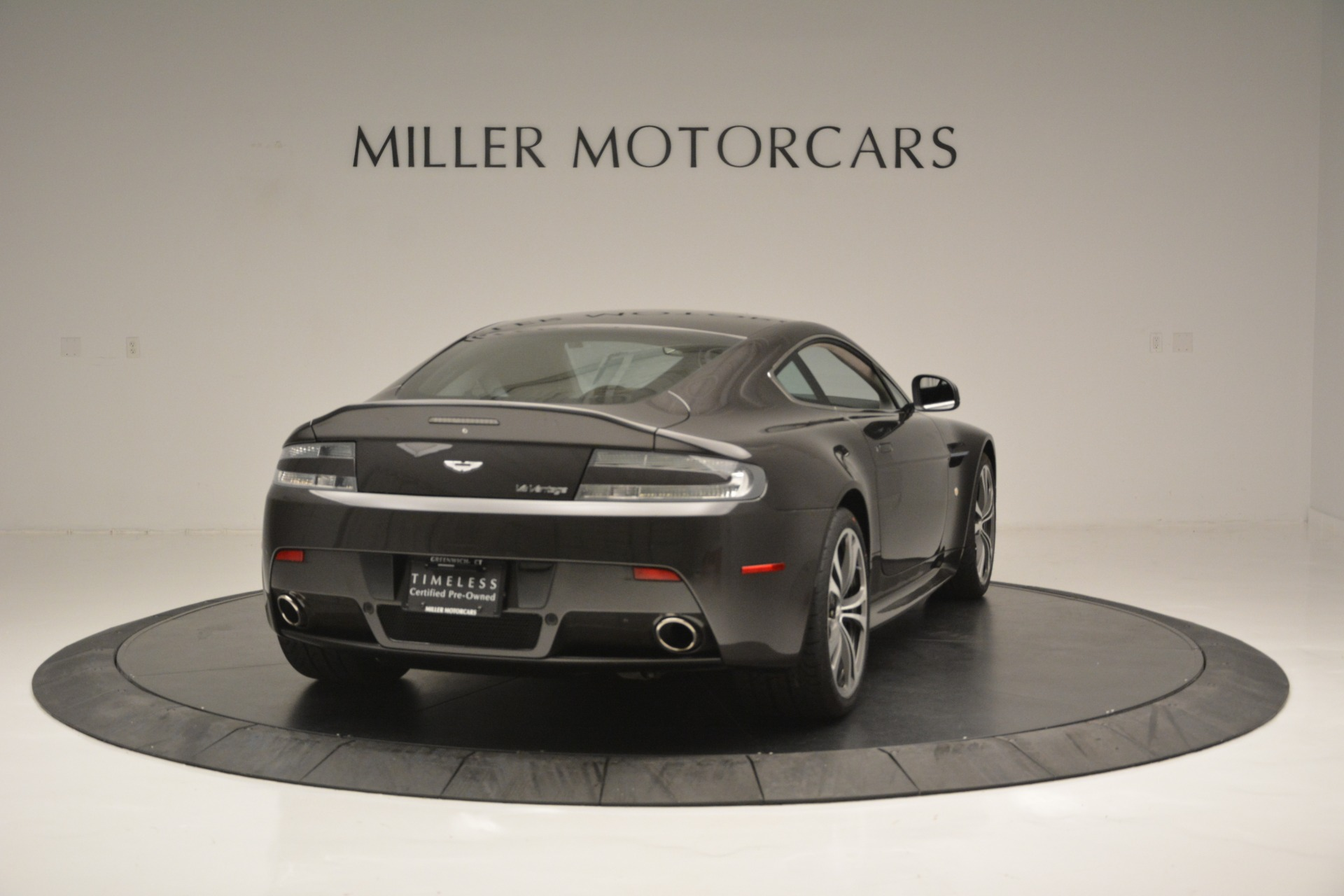 Used 2012 Aston Martin V12 Vantage Coupe For Sale In Greenwich, CT 2544_p7