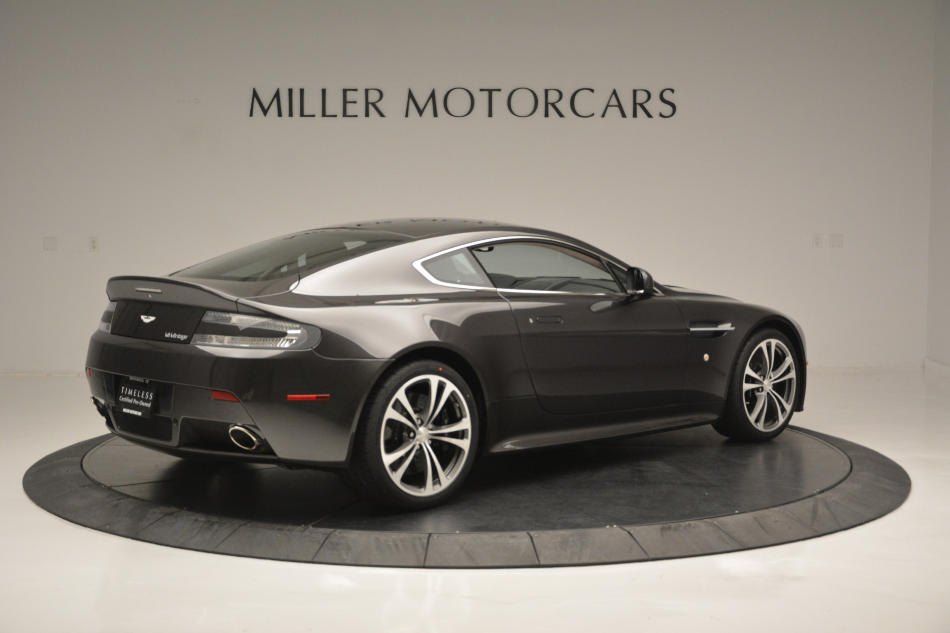Used 2012 Aston Martin V12 Vantage Coupe For Sale In Greenwich, CT 2544_p8