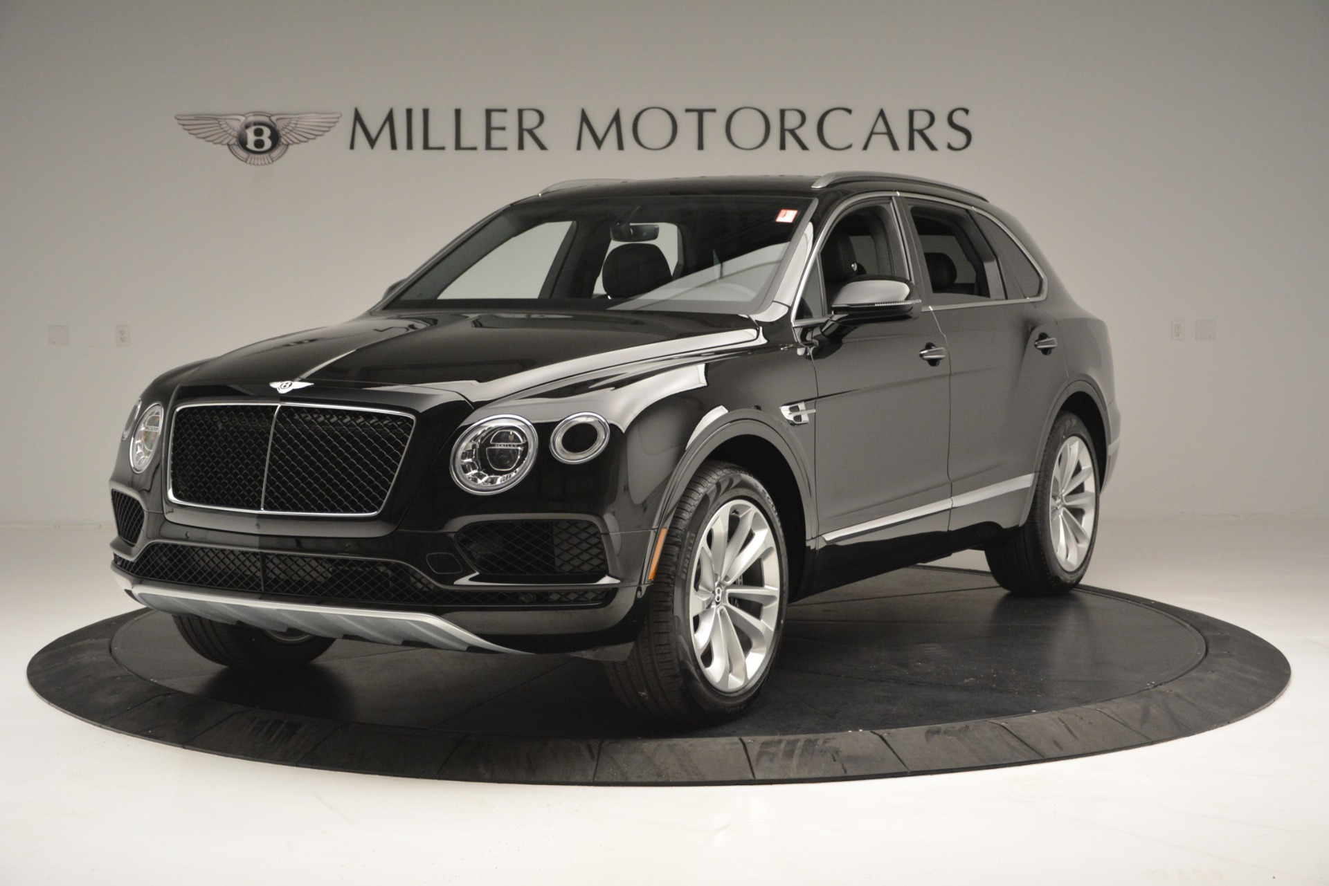 New 2019 Bentley Bentayga V8 For Sale In Greenwich, CT 2545_main