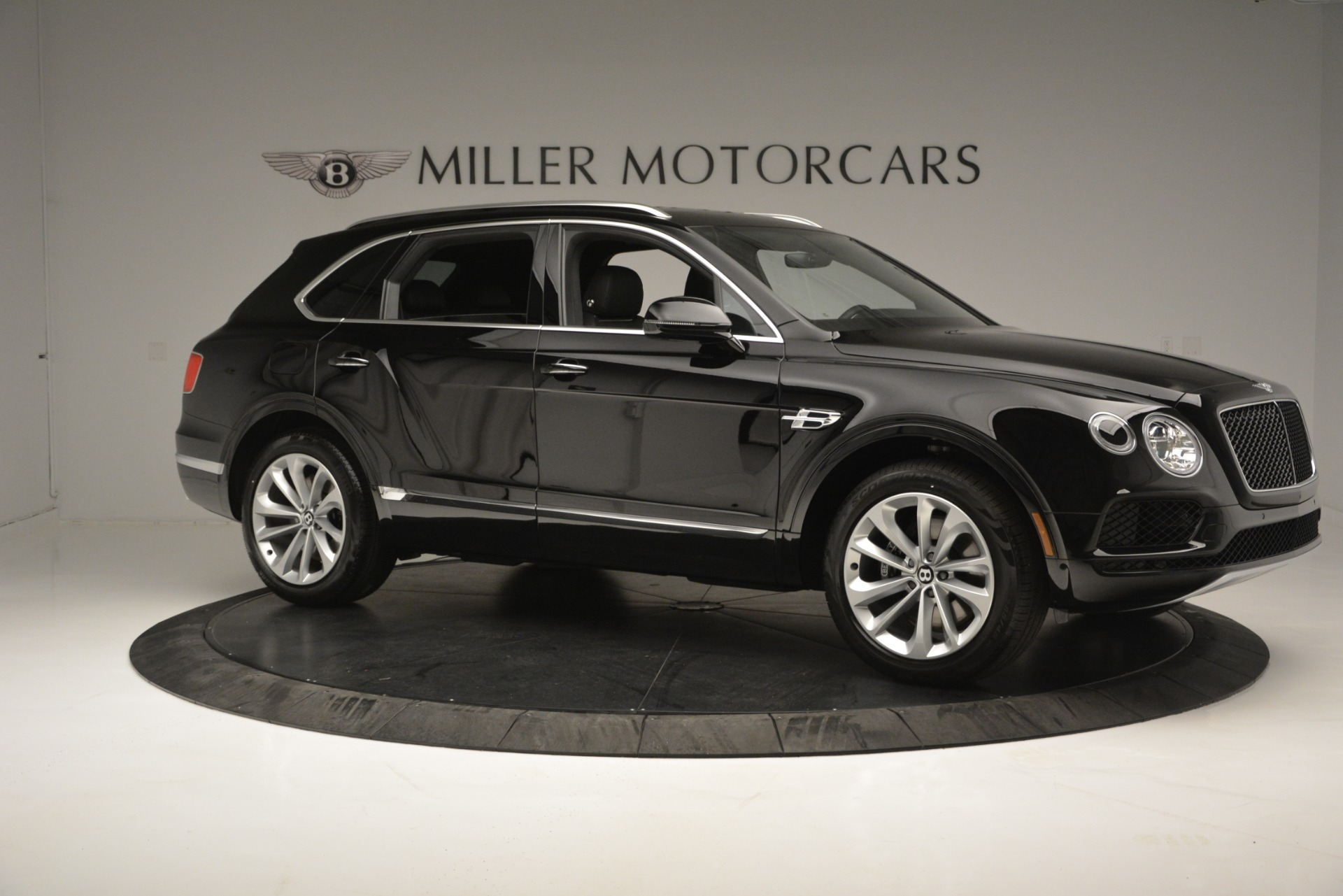 New 2019 Bentley Bentayga V8 For Sale In Greenwich, CT 2545_p10