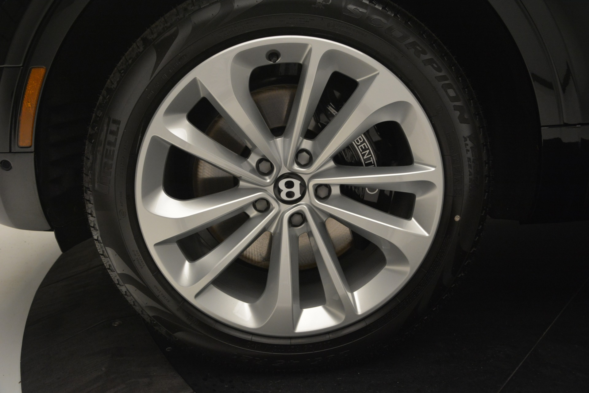 New 2019 Bentley Bentayga V8 For Sale In Greenwich, CT 2545_p15