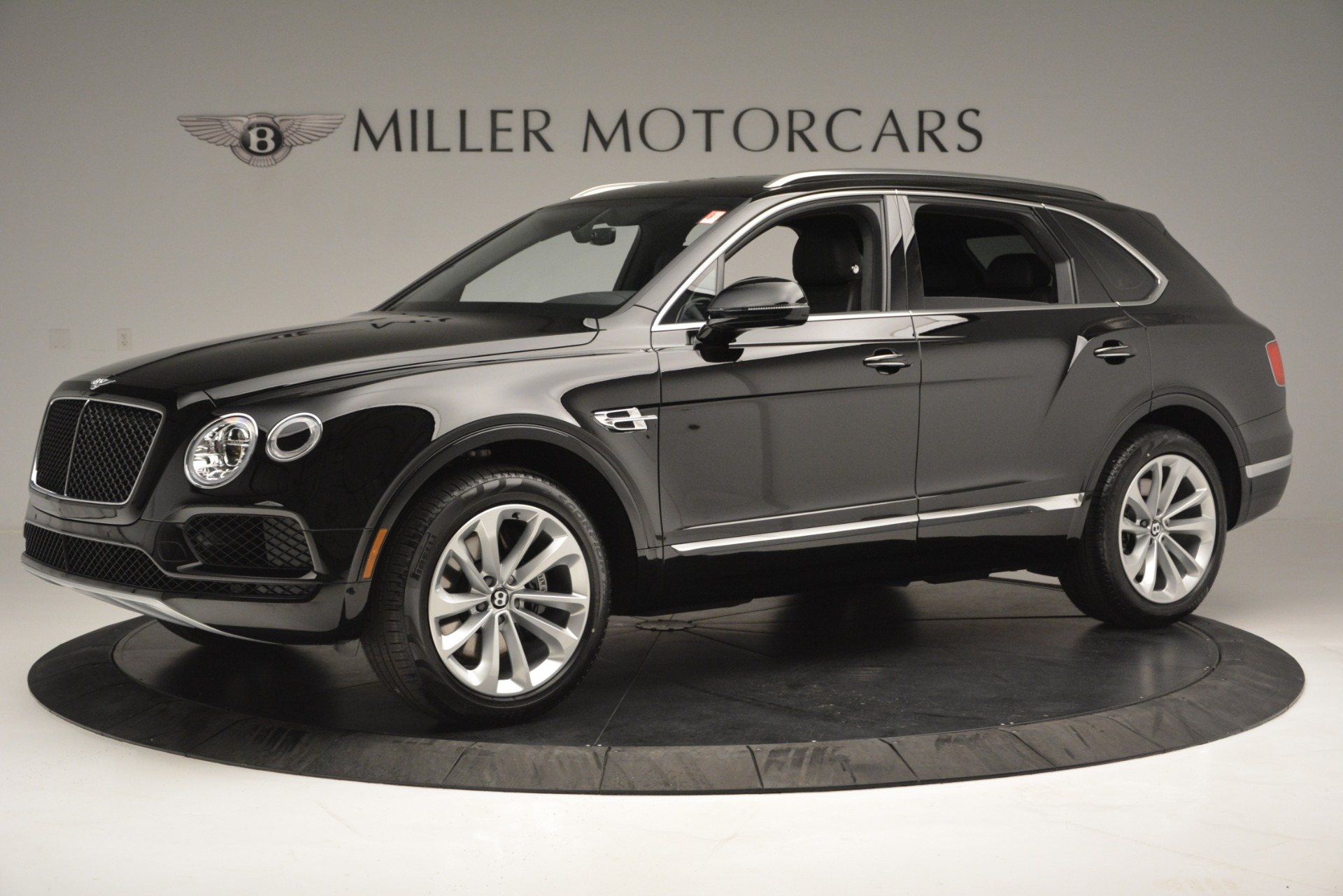 New 2019 Bentley Bentayga V8 For Sale In Greenwich, CT 2545_p2