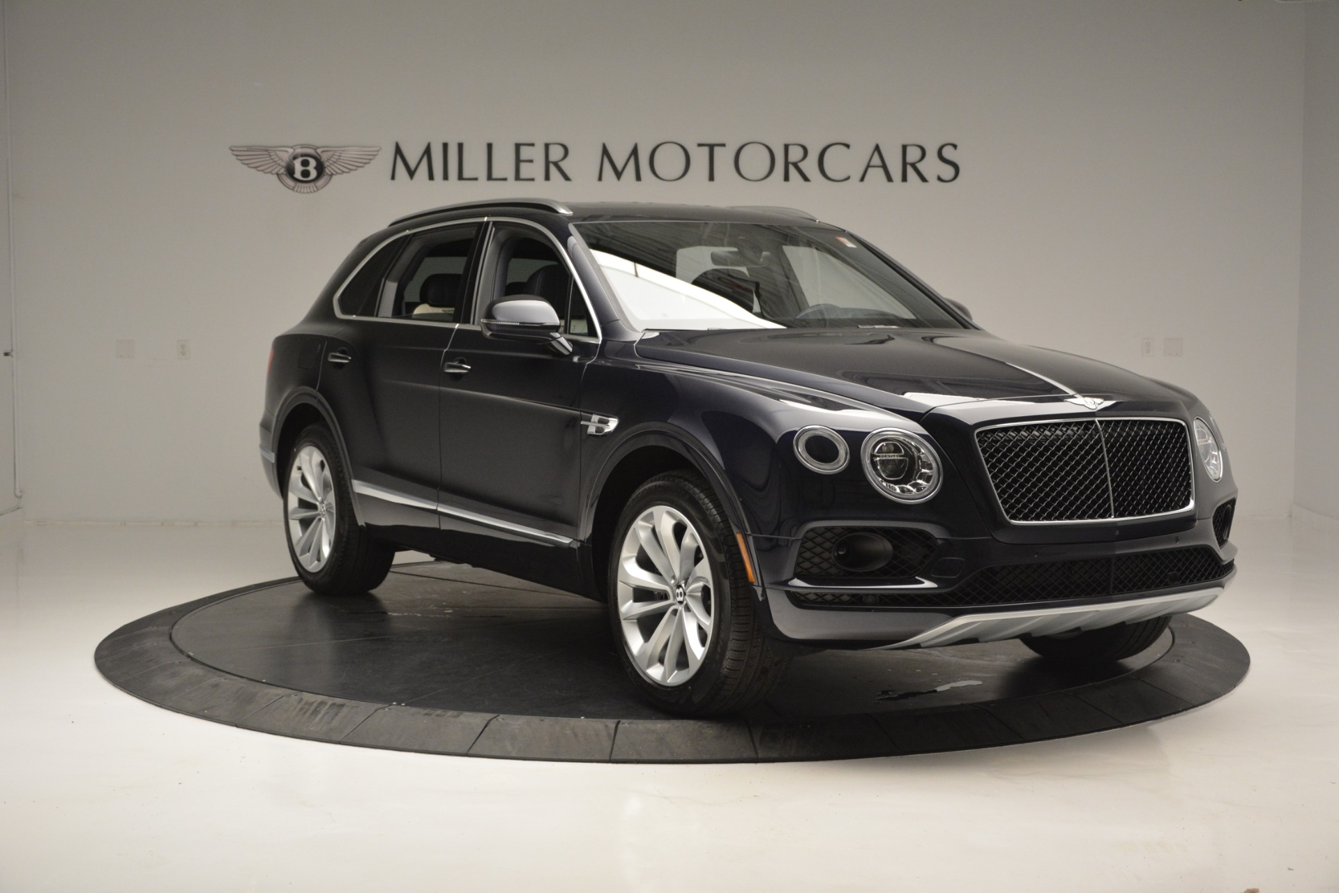 New 2019 Bentley Bentayga V8 For Sale In Greenwich, CT 2546_p11
