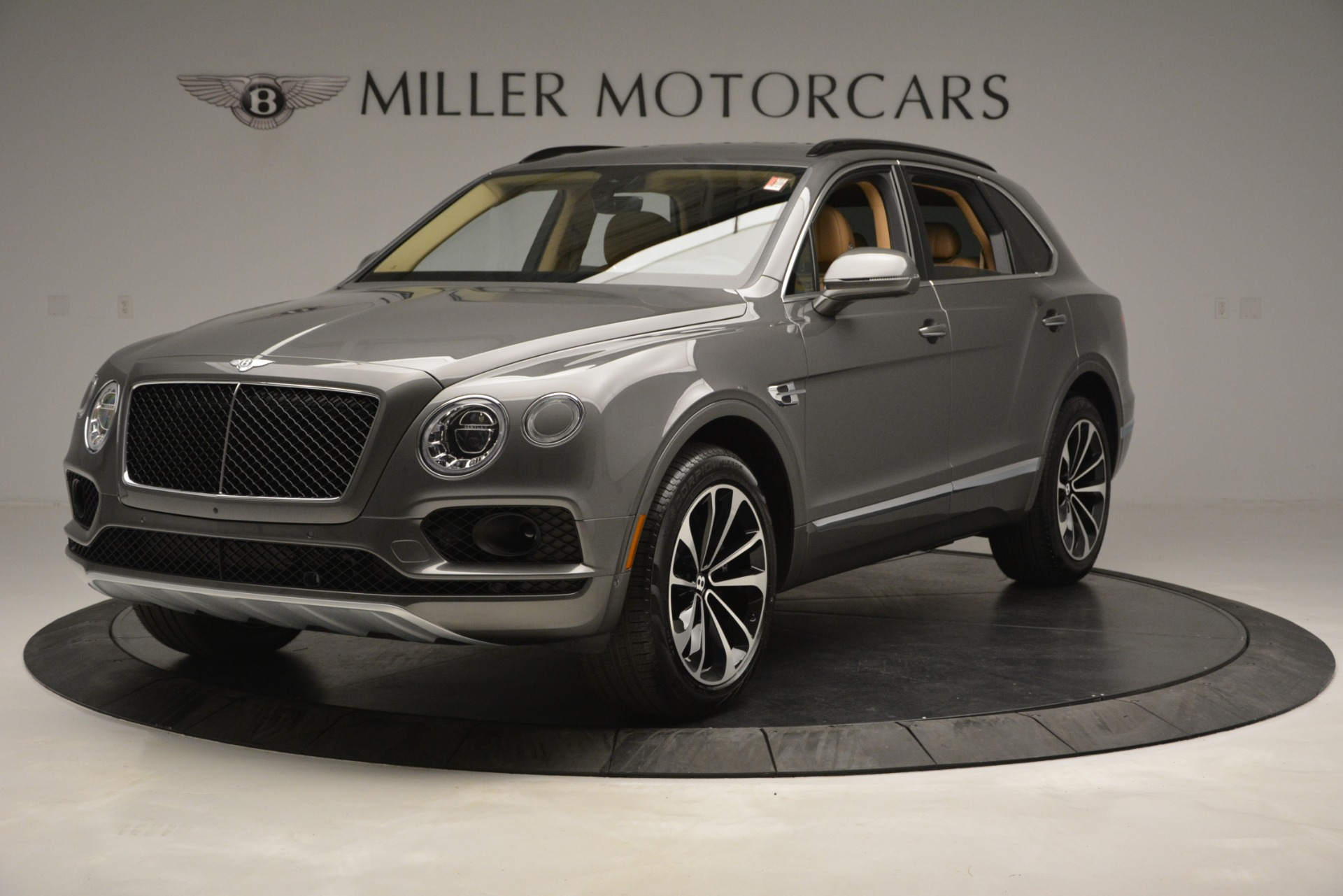 New 2019 Bentley Bentayga V8 For Sale In Greenwich, CT 2547_main