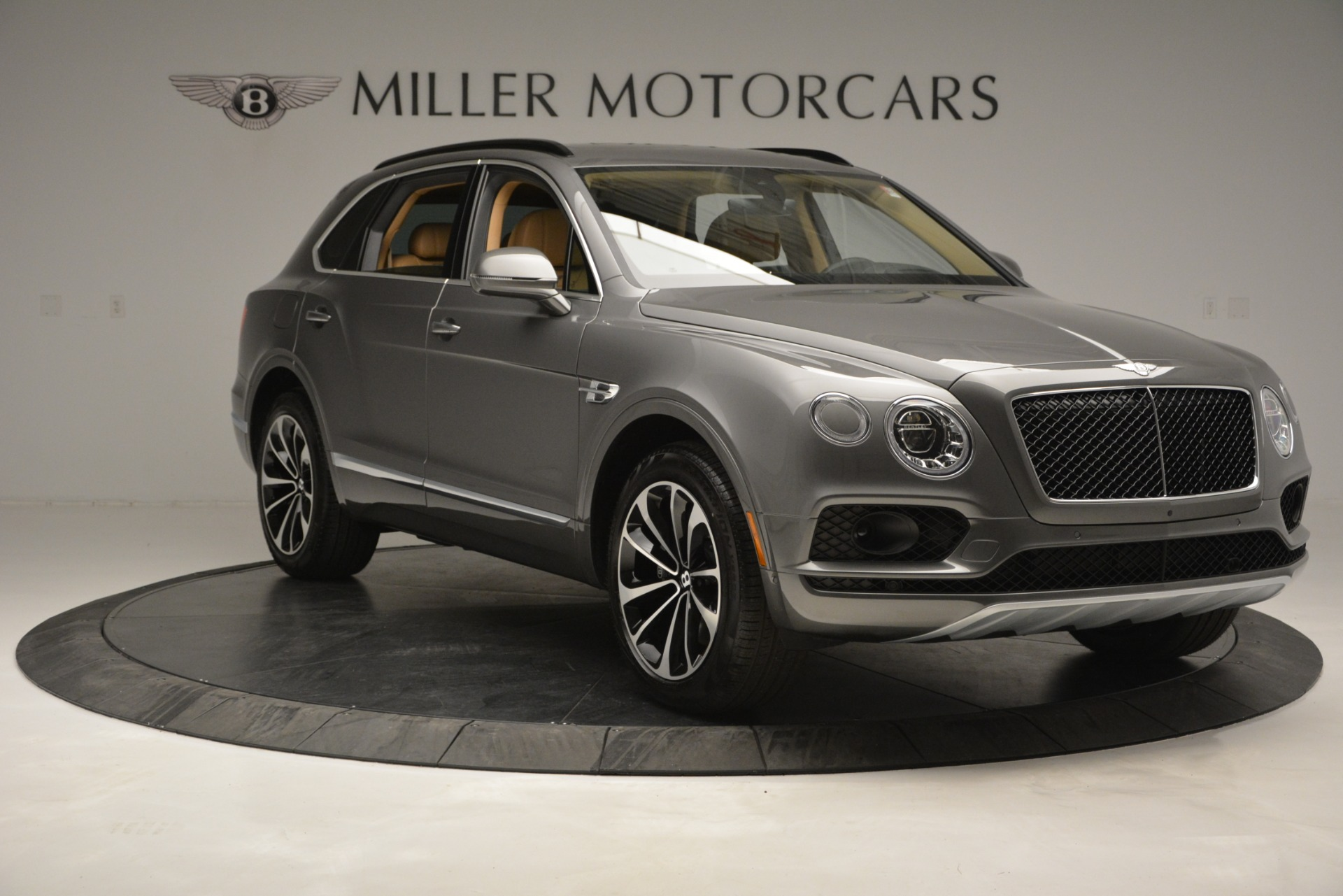 New 2019 Bentley Bentayga V8 For Sale In Greenwich, CT 2547_p11