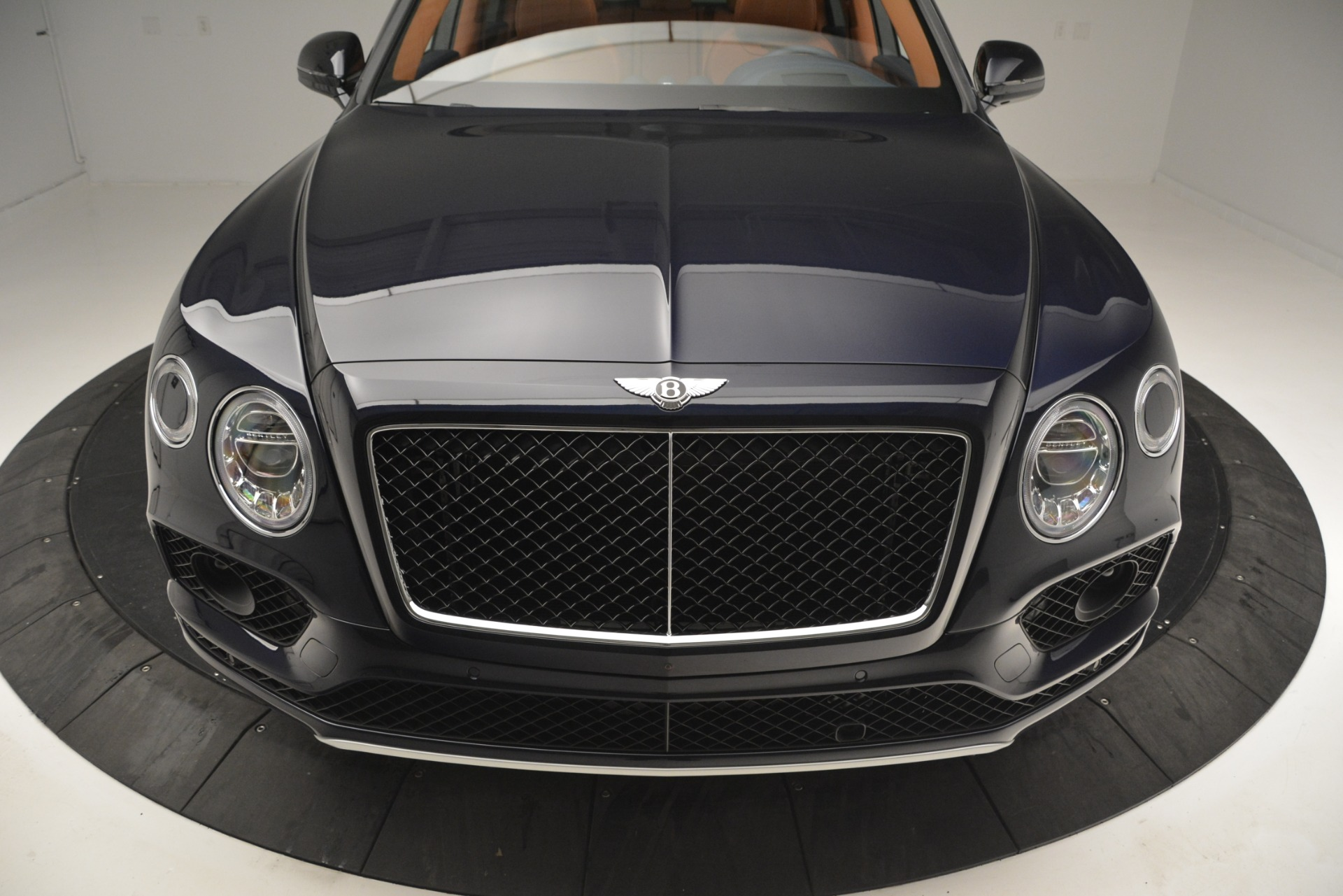 New 2019 Bentley Bentayga V8 For Sale In Greenwich, CT 2548_p13