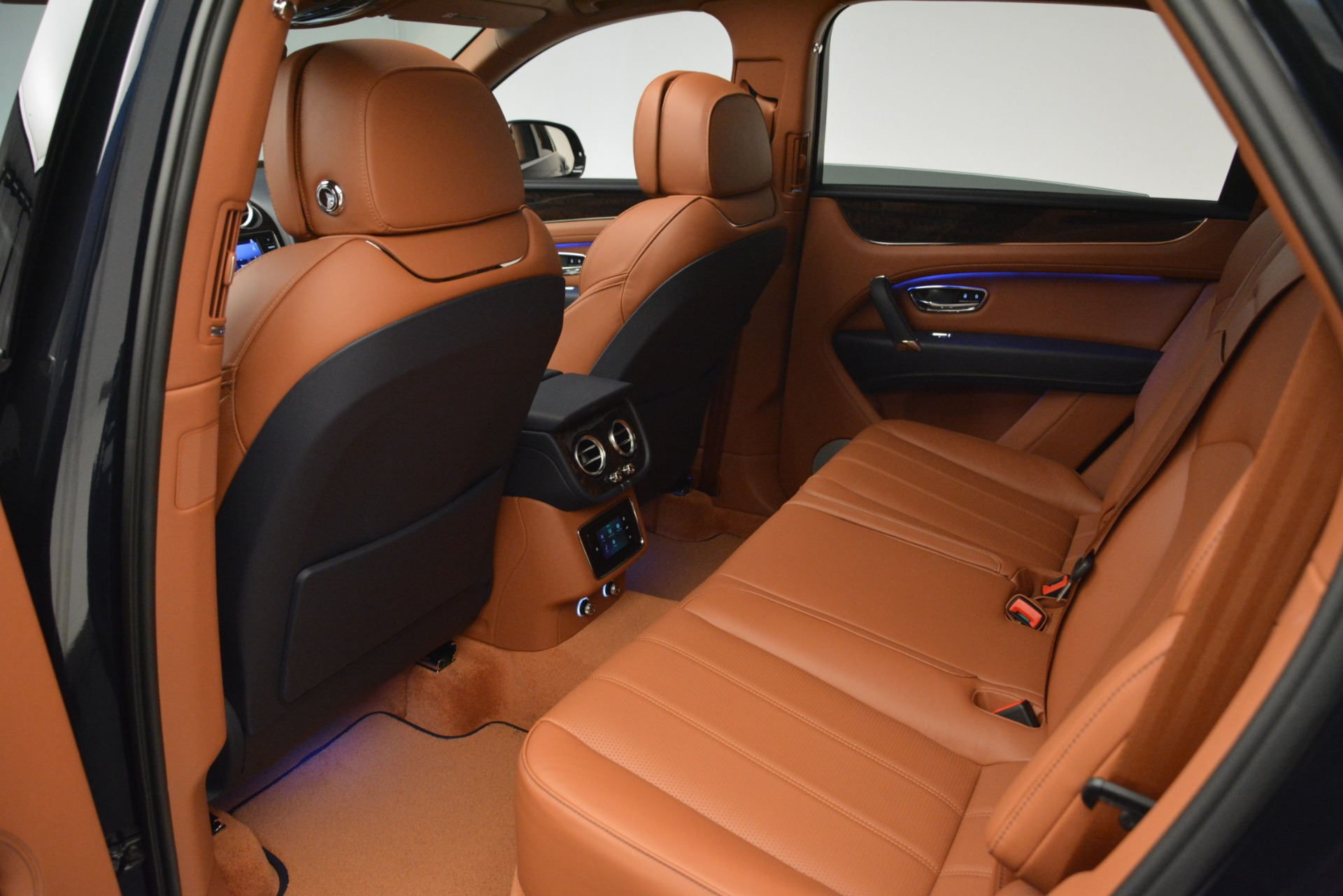 New 2019 Bentley Bentayga V8 For Sale In Greenwich, CT 2548_p23