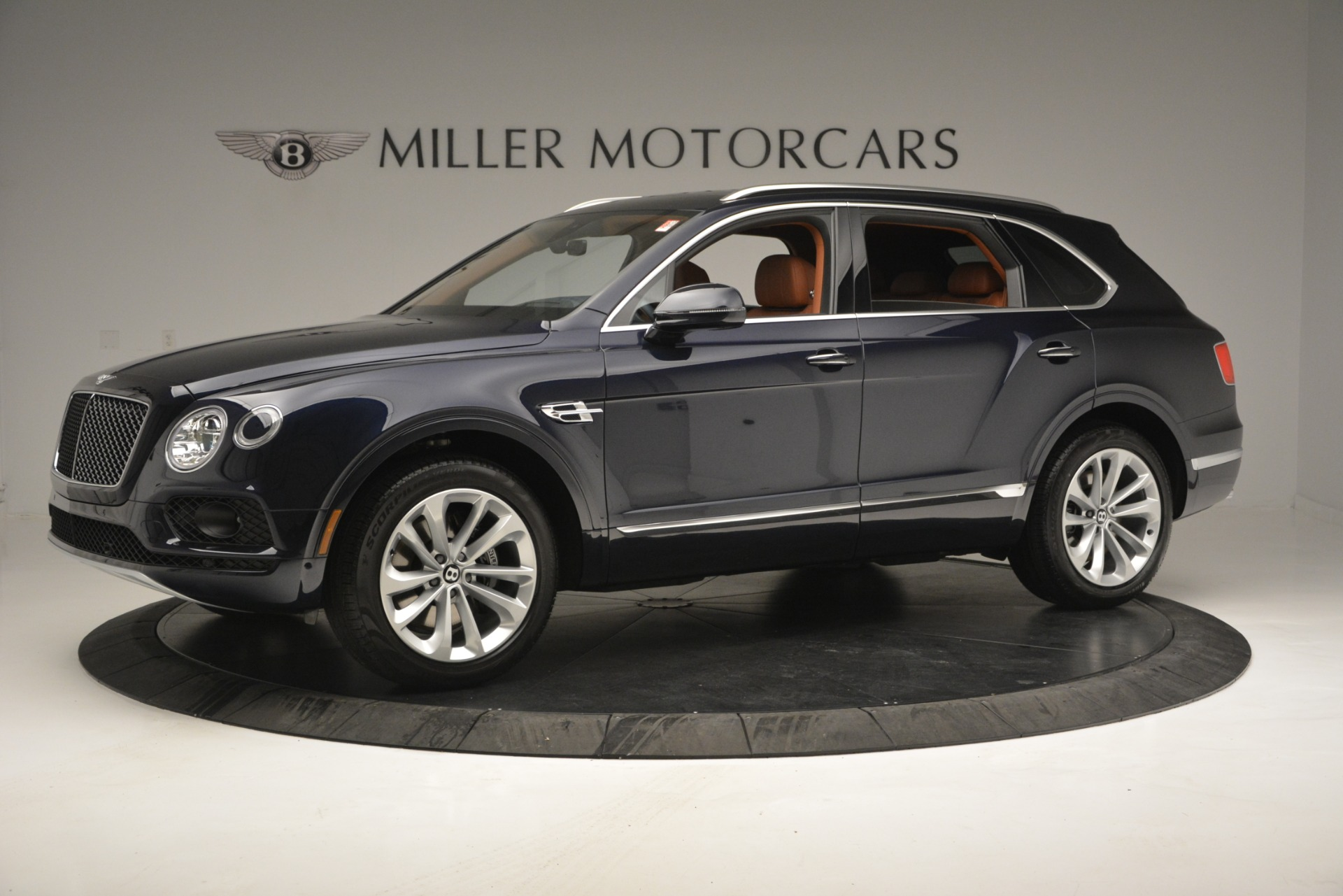 New 2019 Bentley Bentayga V8 For Sale In Greenwich, CT 2548_p2