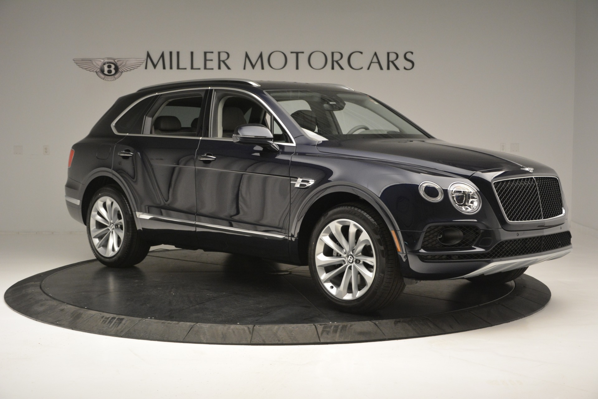 New 2019 Bentley Bentayga V8 For Sale In Greenwich, CT 2549_p10