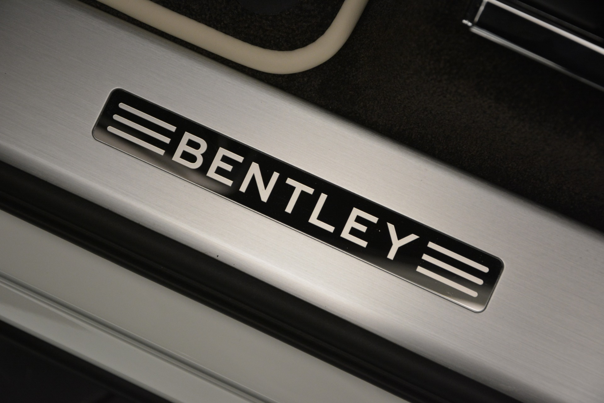 New 2019 Bentley Bentayga V8 For Sale In Greenwich, CT 2550_p17