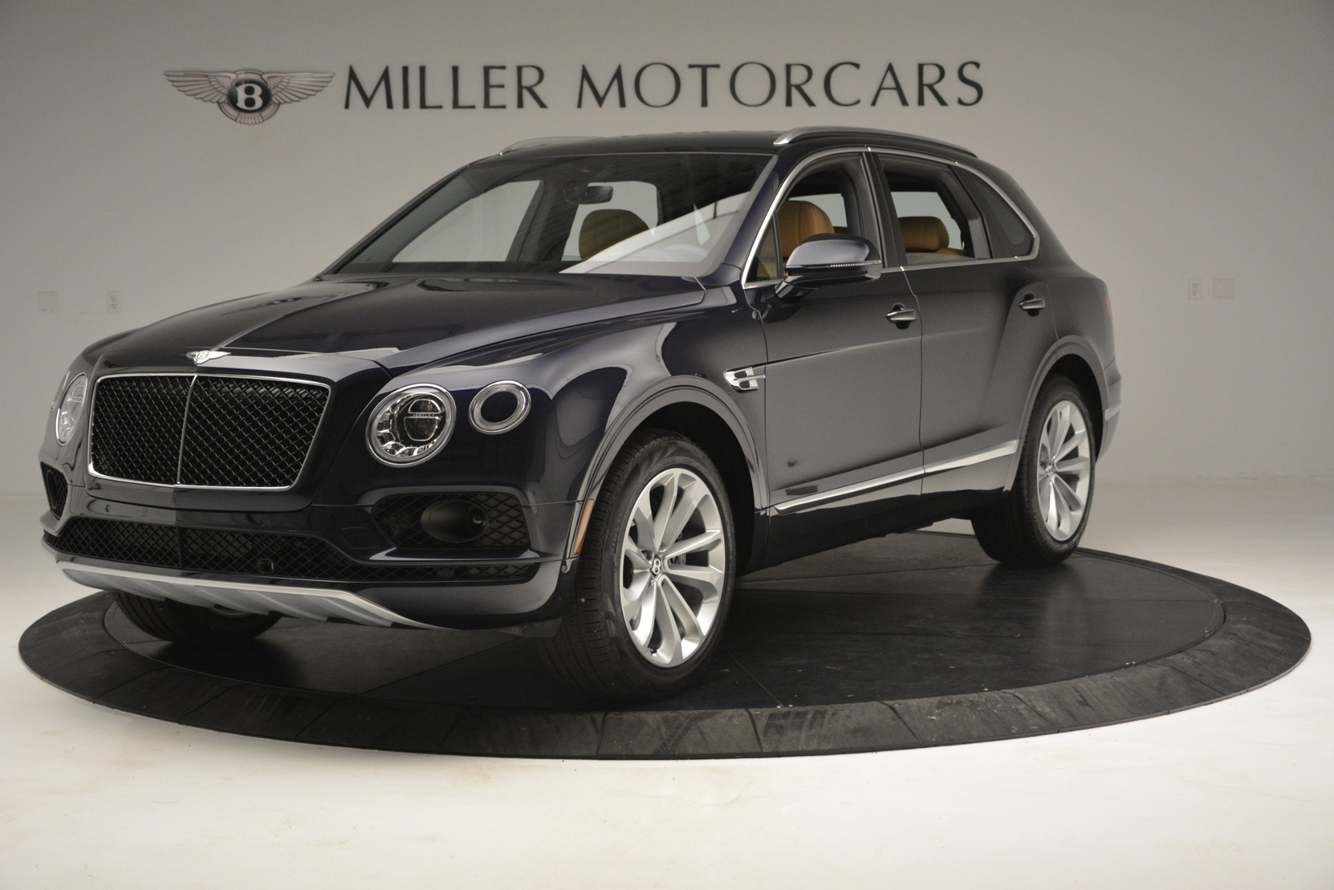 New 2019 Bentley Bentayga V8 For Sale In Greenwich, CT 2551_main