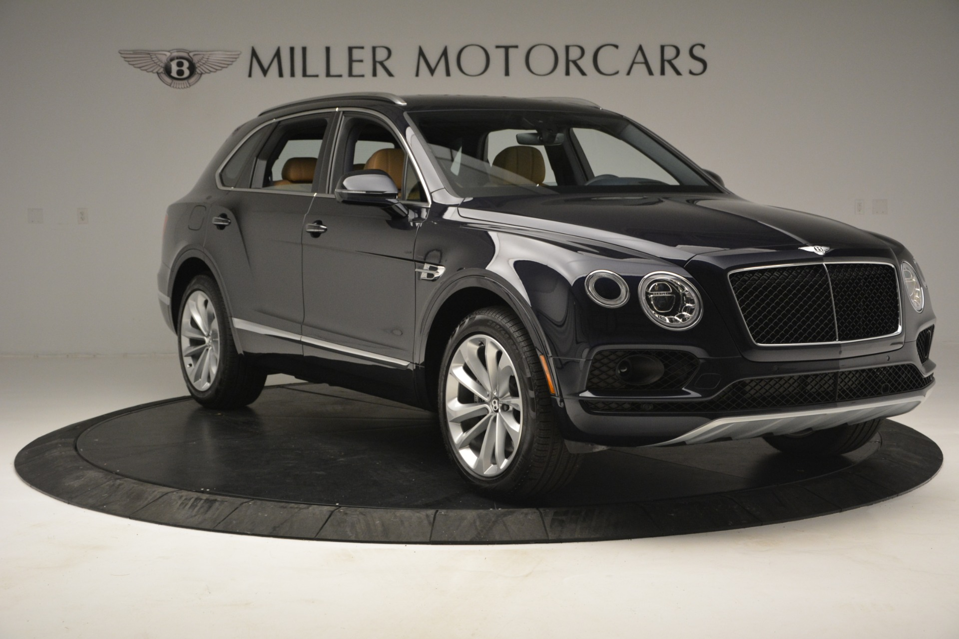 New 2019 Bentley Bentayga V8 For Sale In Greenwich, CT 2551_p11