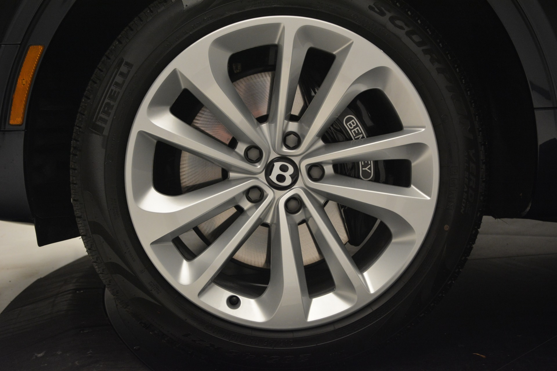 New 2019 Bentley Bentayga V8 For Sale In Greenwich, CT 2551_p15