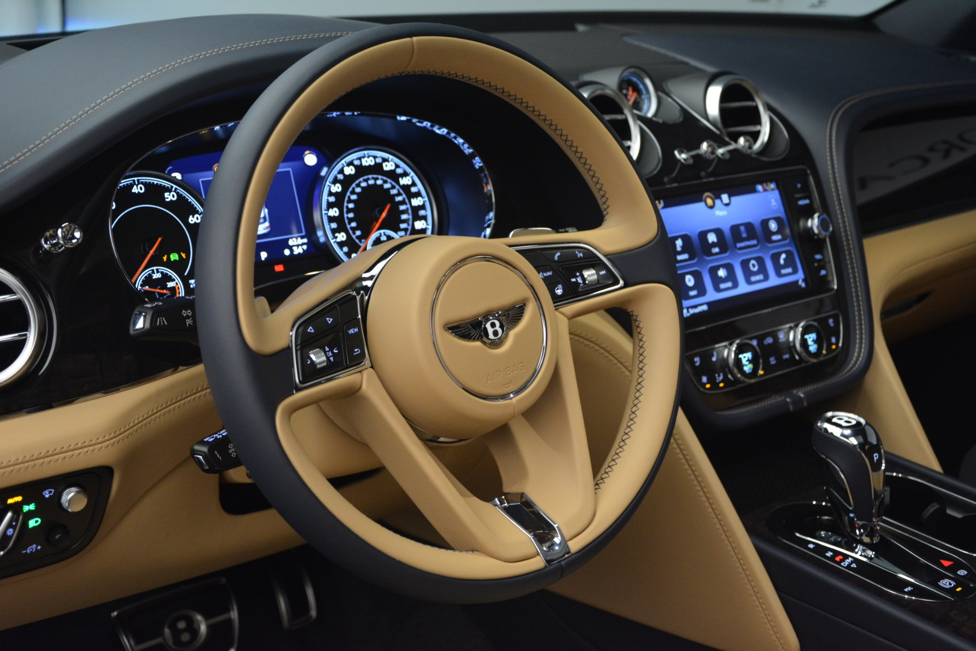 New 2019 Bentley Bentayga V8 For Sale In Greenwich, CT 2551_p20