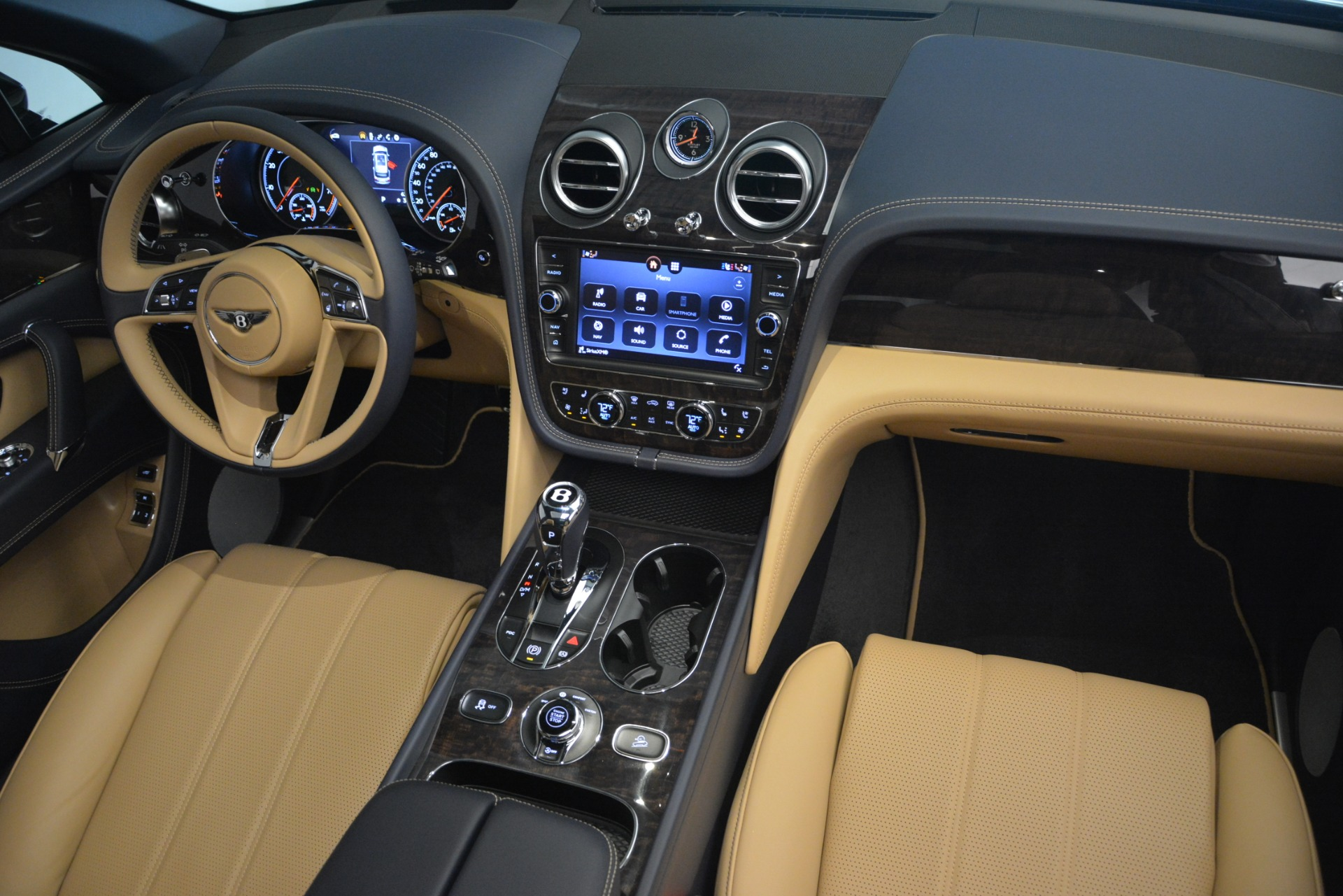 New 2019 Bentley Bentayga V8 For Sale In Greenwich, CT 2551_p31