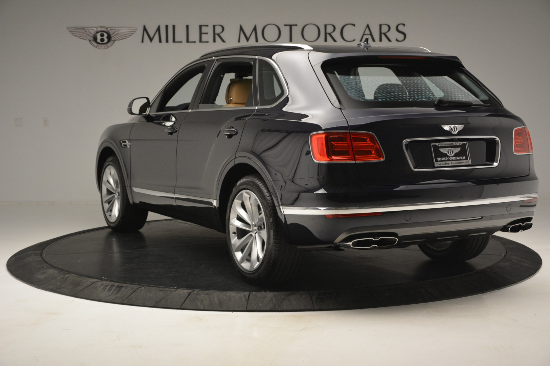 New 2019 Bentley Bentayga V8 For Sale In Greenwich, CT 2551_p5