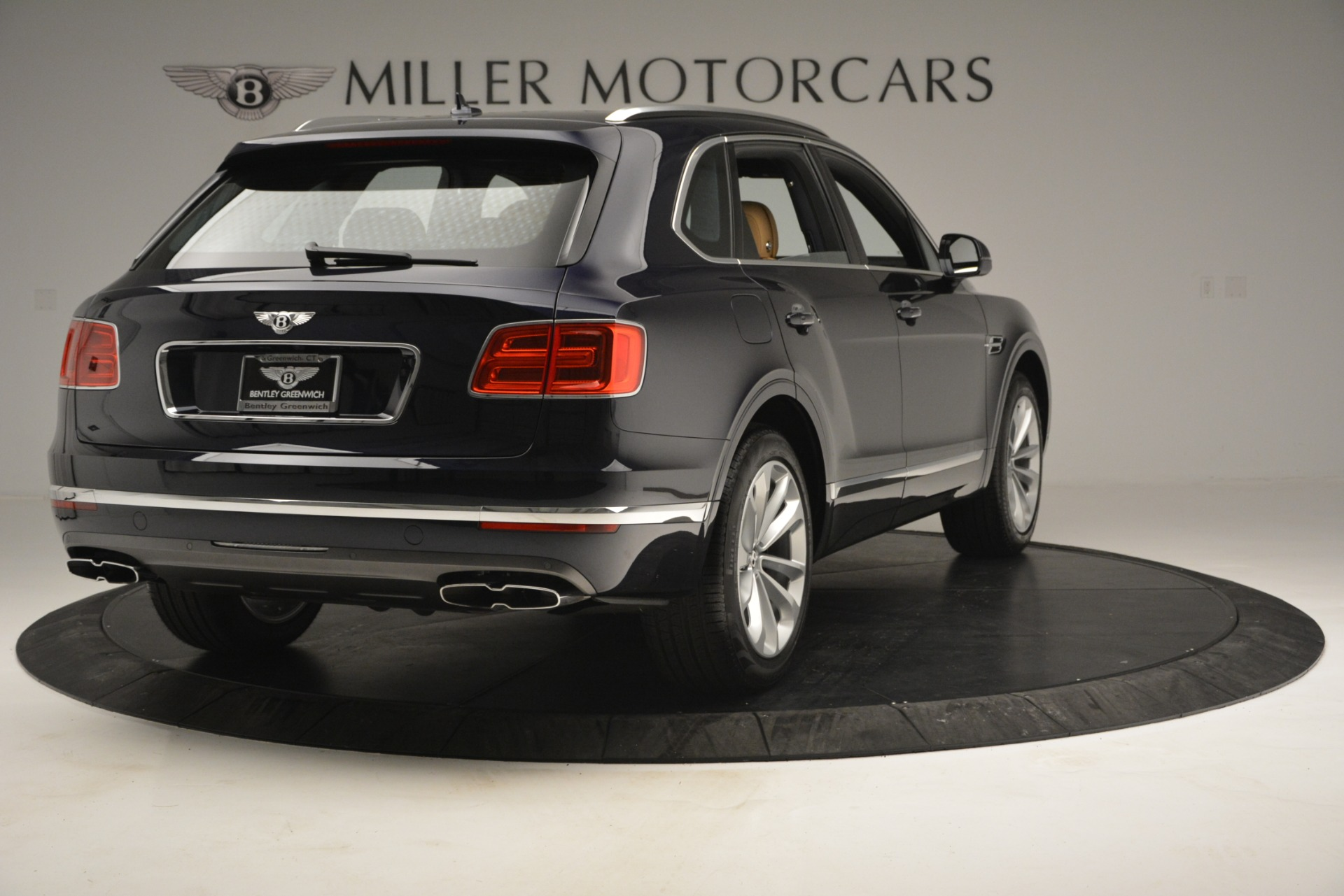New 2019 Bentley Bentayga V8 For Sale In Greenwich, CT 2551_p7