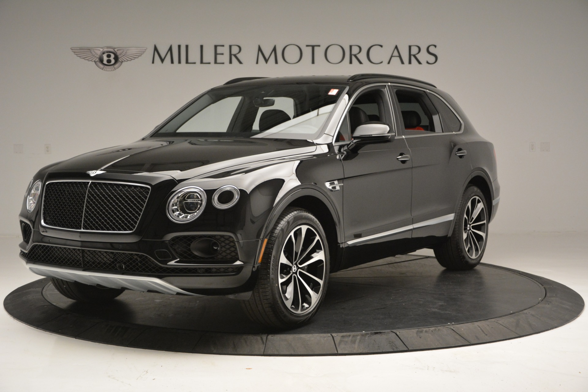 New 2019 Bentley Bentayga V8 For Sale In Greenwich, CT 2552_main