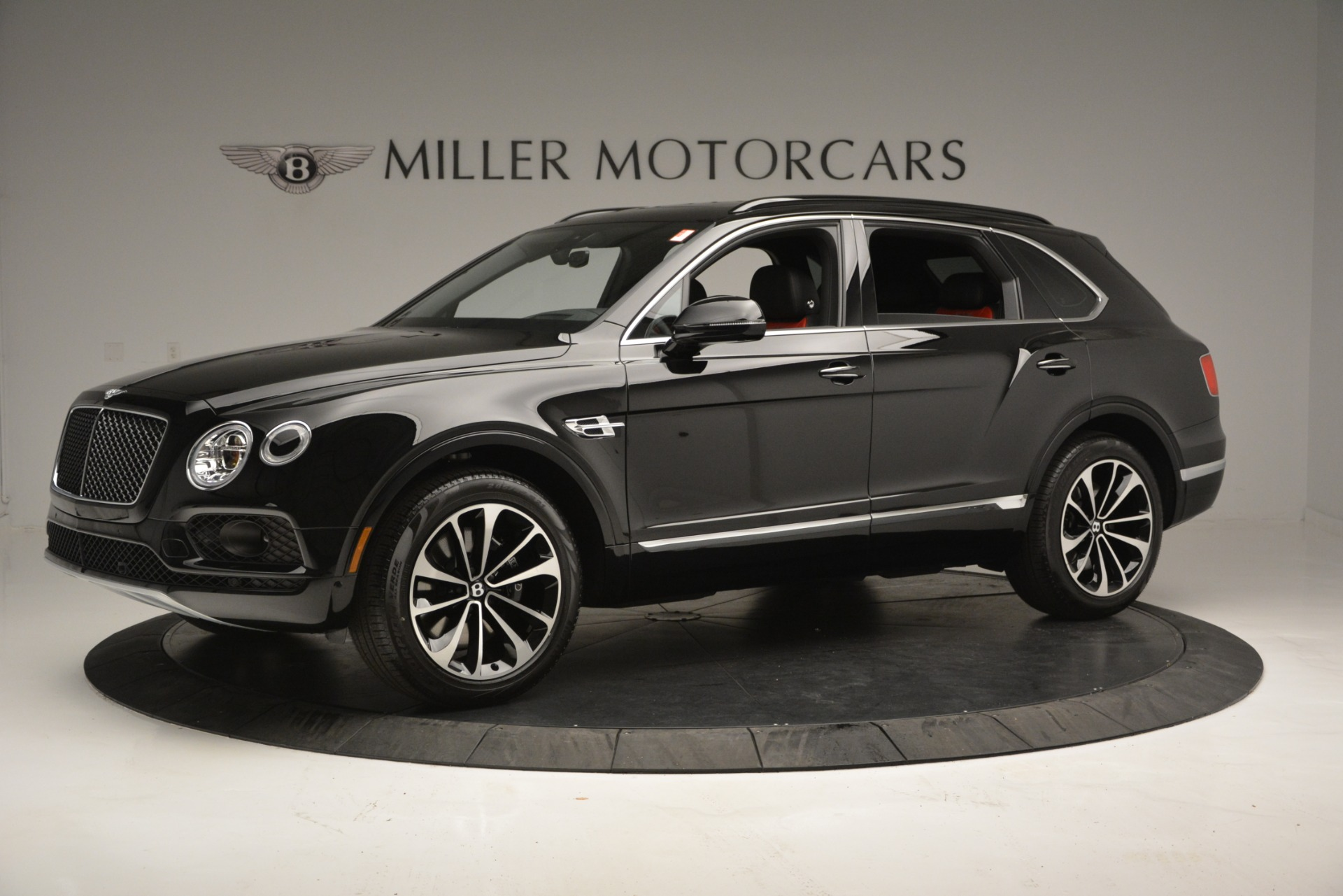 New 2019 Bentley Bentayga V8 For Sale In Greenwich, CT 2552_p2