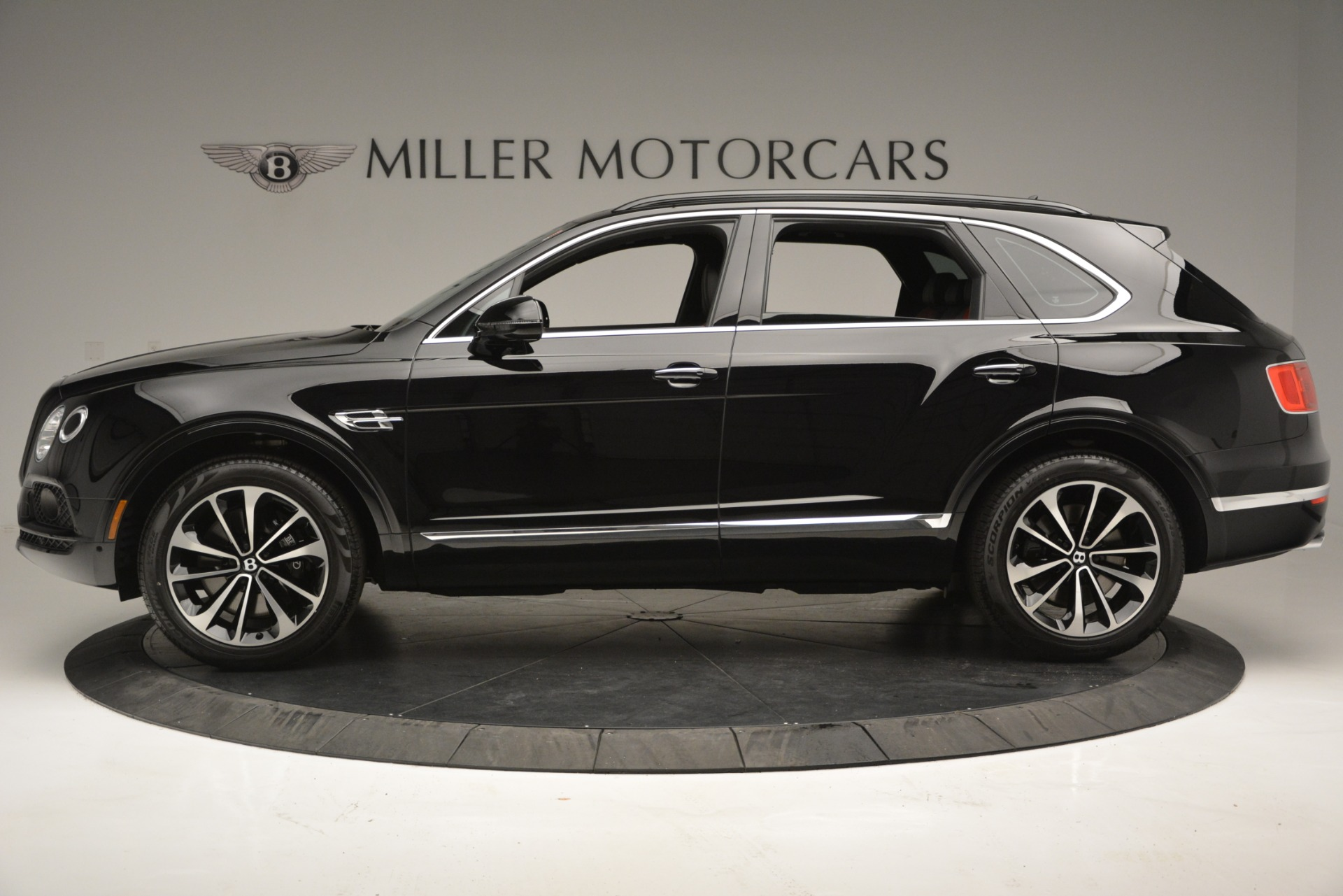 New 2019 Bentley Bentayga V8 For Sale In Greenwich, CT 2552_p3