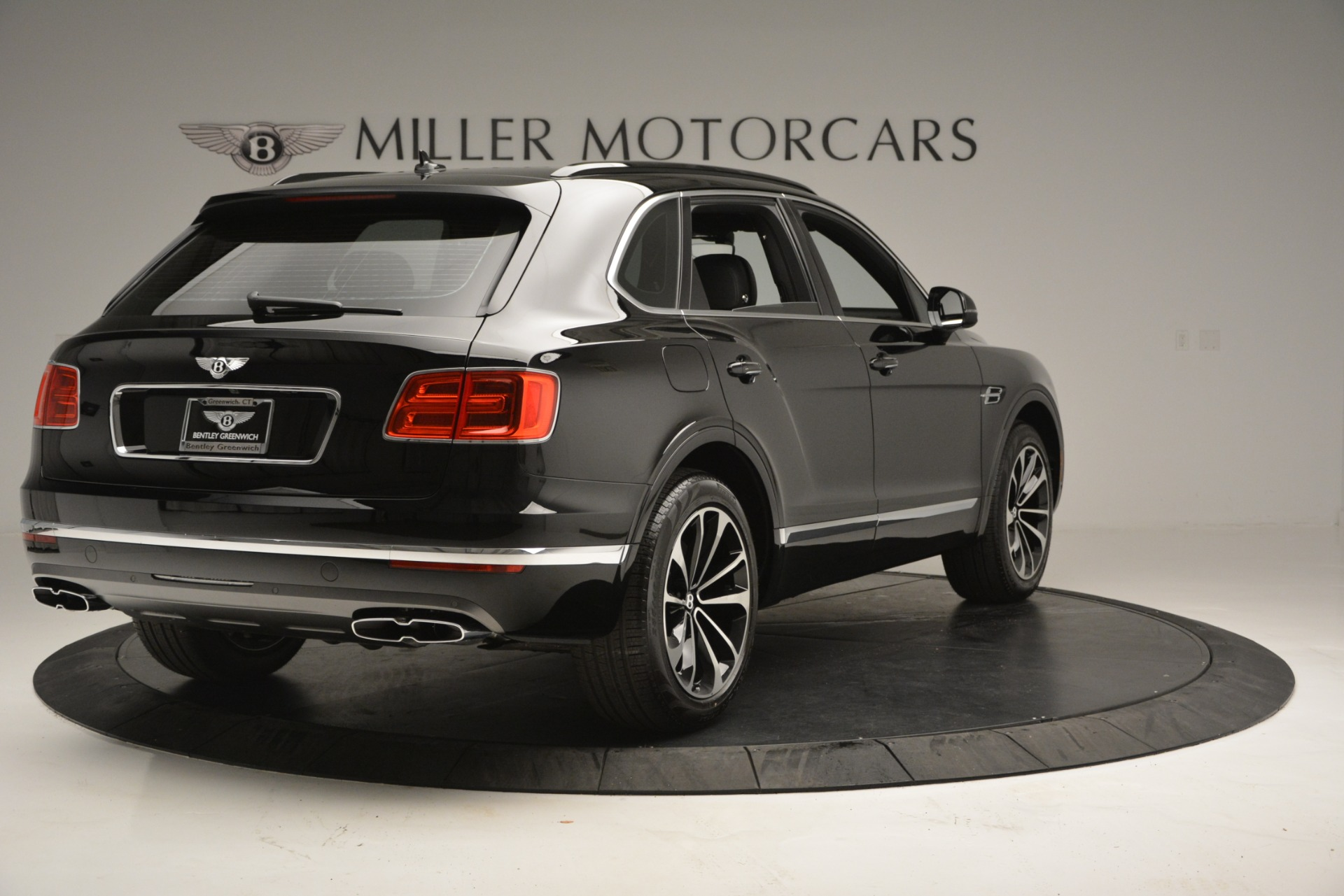 New 2019 Bentley Bentayga V8 For Sale In Greenwich, CT 2552_p7