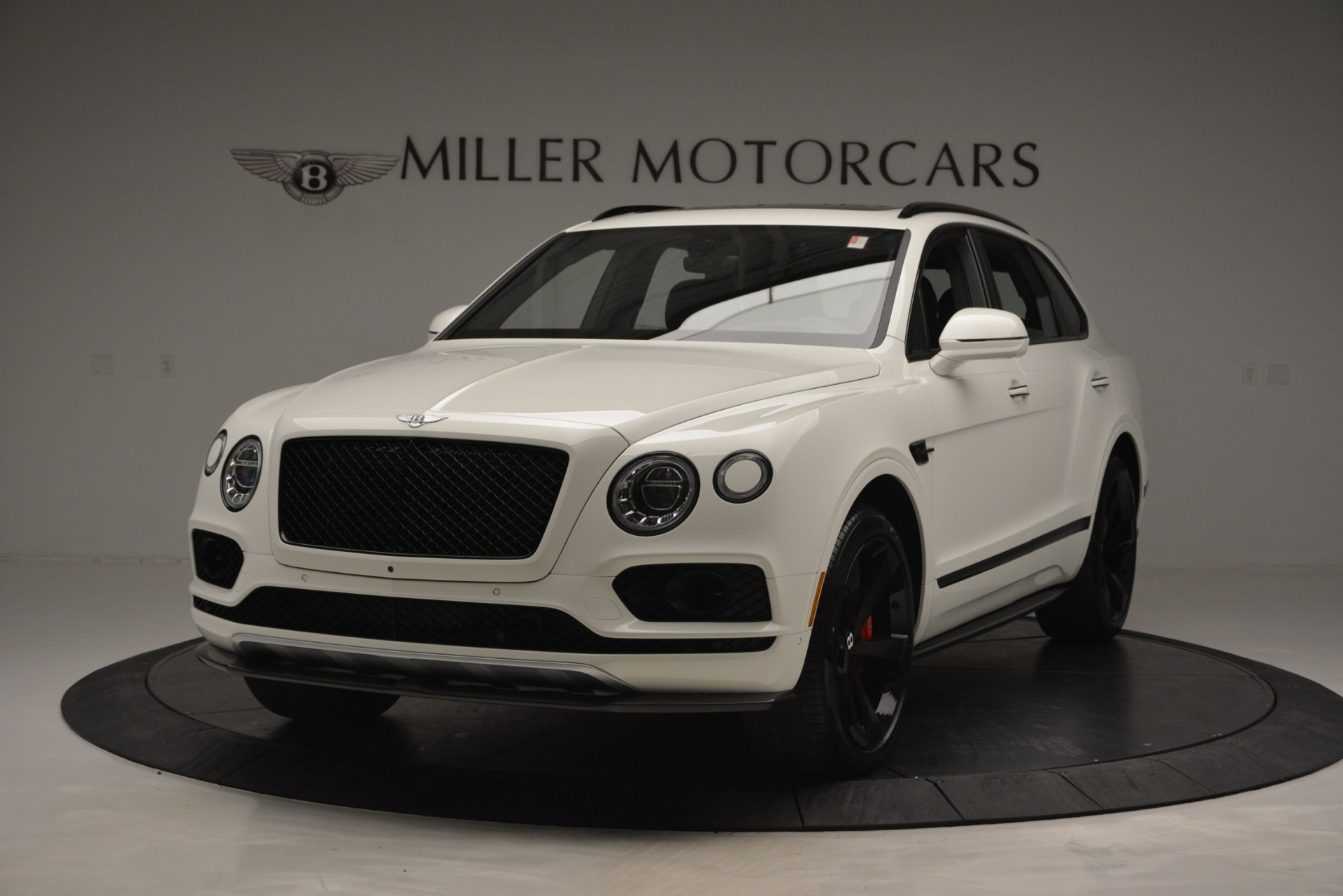 New 2019 Bentley Bentayga V8 For Sale In Greenwich, CT 2553_main
