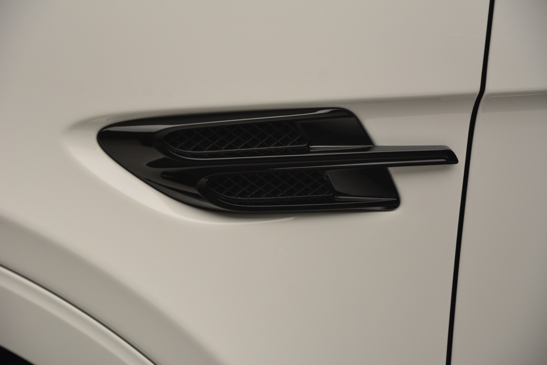 New 2019 Bentley Bentayga V8 For Sale In Greenwich, CT 2553_p16