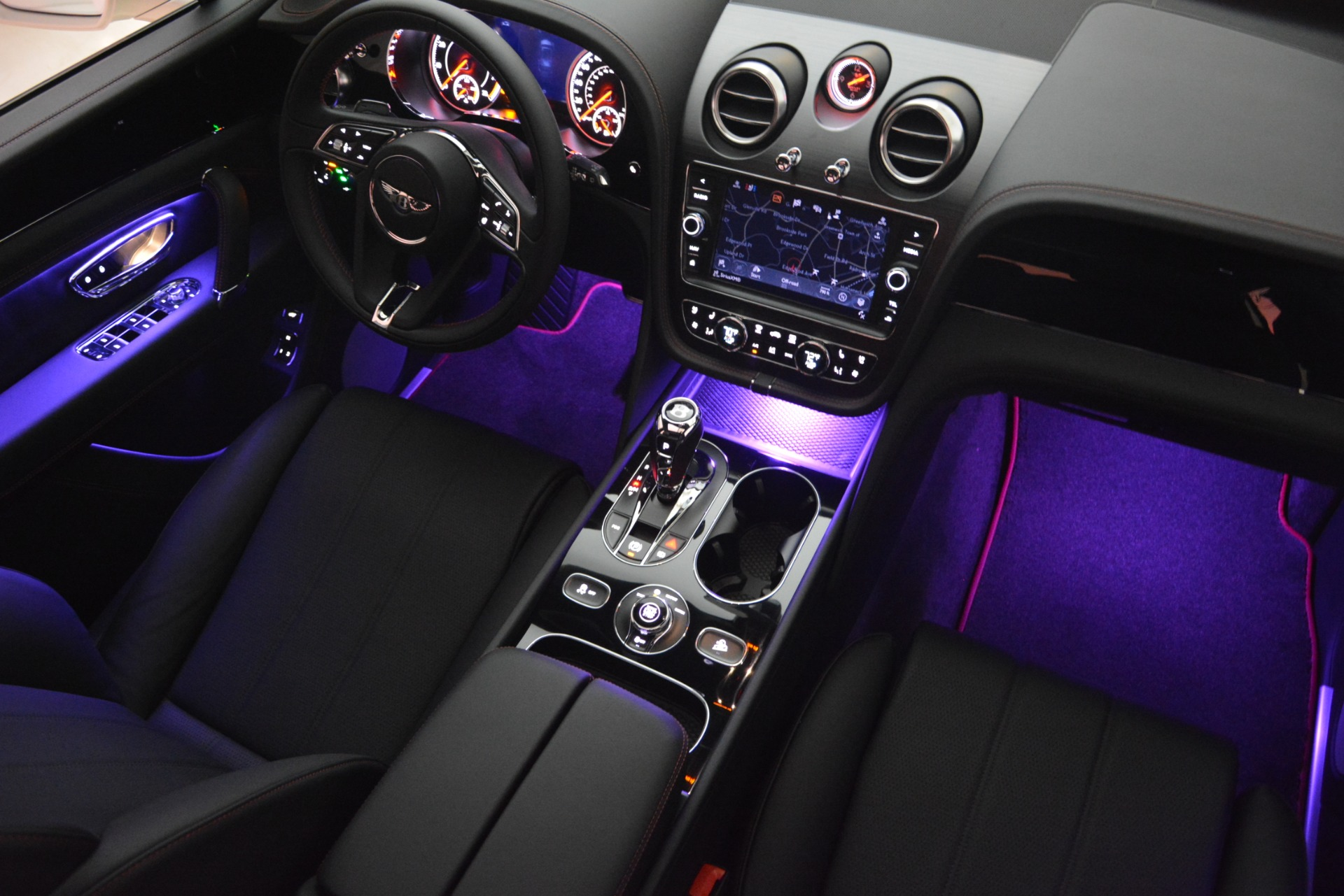New 2019 Bentley Bentayga V8 For Sale In Greenwich, CT 2553_p29