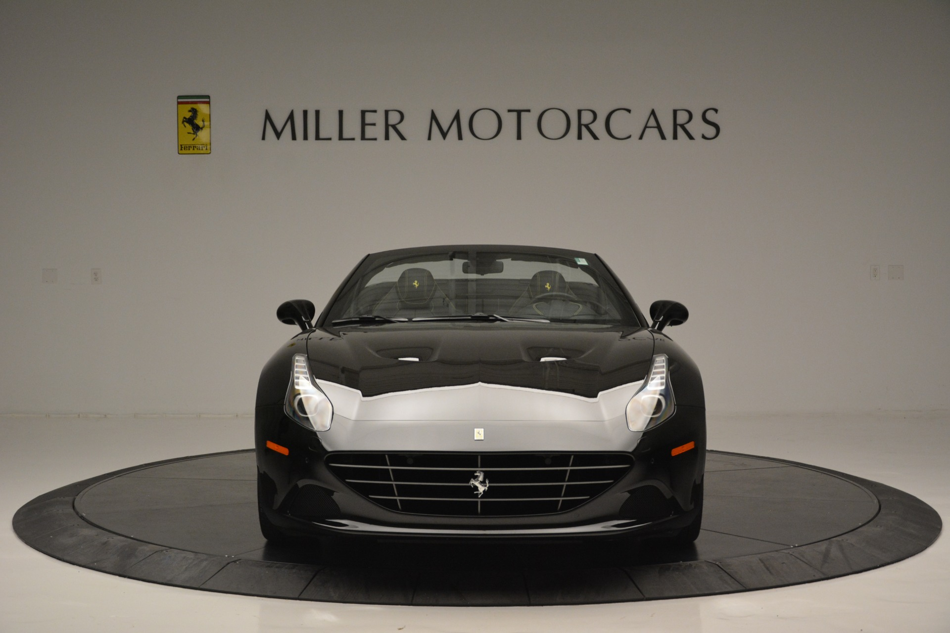 Used 2017 Ferrari California T Handling Speciale For Sale In Greenwich, CT 2554_p12
