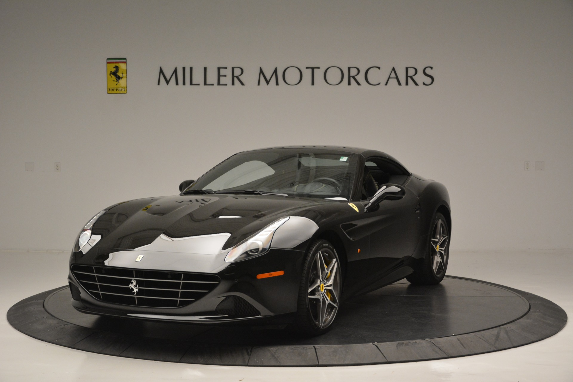 Used 2017 Ferrari California T Handling Speciale For Sale In Greenwich, CT 2554_p13