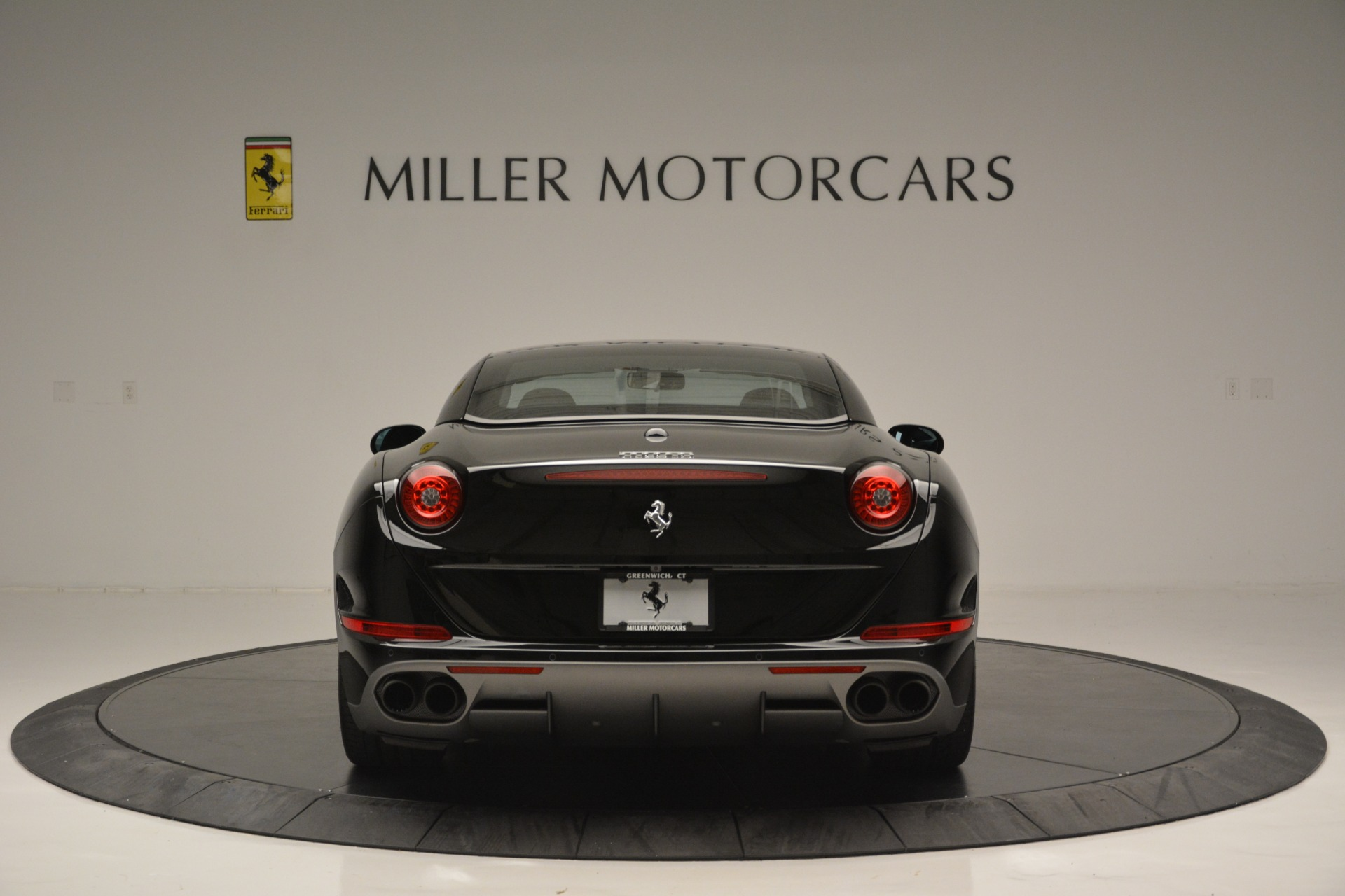 Used 2017 Ferrari California T Handling Speciale For Sale In Greenwich, CT 2554_p18