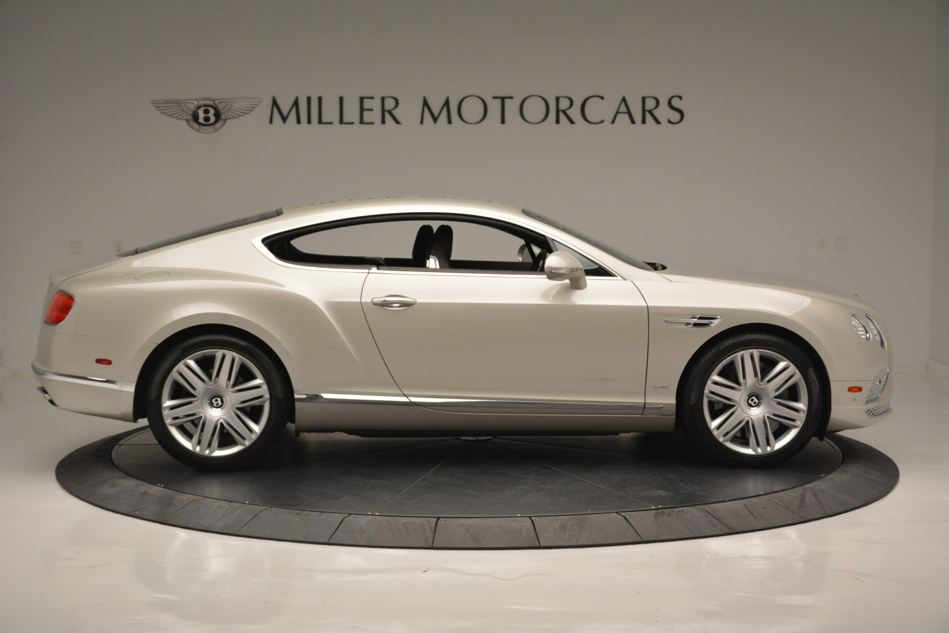 Used 2016 Bentley Continental GT W12 For Sale In Greenwich, CT 2555_p9