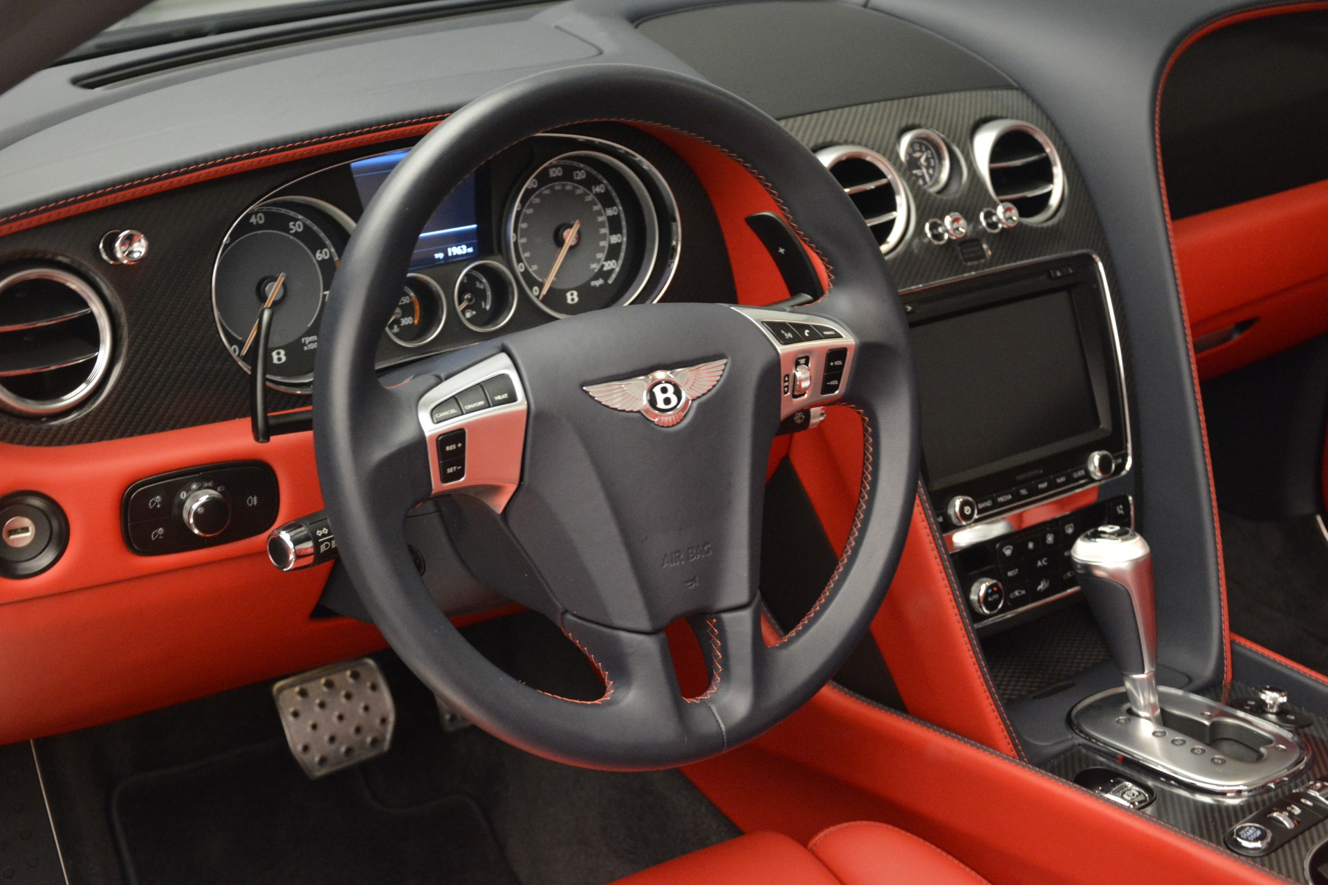 Used 2013 Bentley Continental GT V8 For Sale In Greenwich, CT 2557_p27