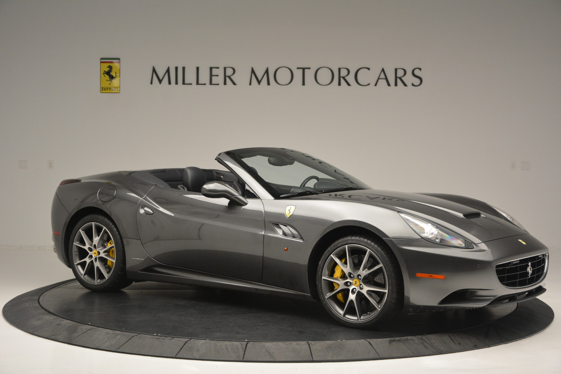 Used 2013 Ferrari California 30 For Sale In Greenwich, CT 2559_p10