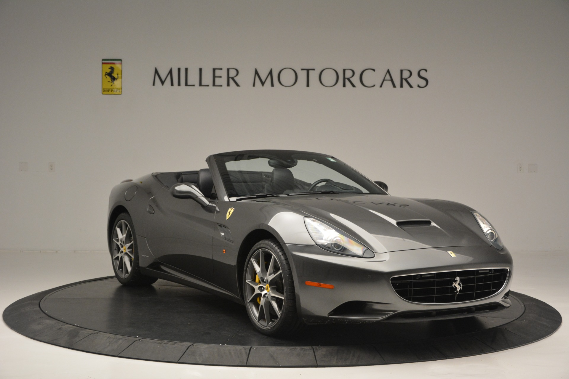 Used 2013 Ferrari California 30 For Sale In Greenwich, CT 2559_p11