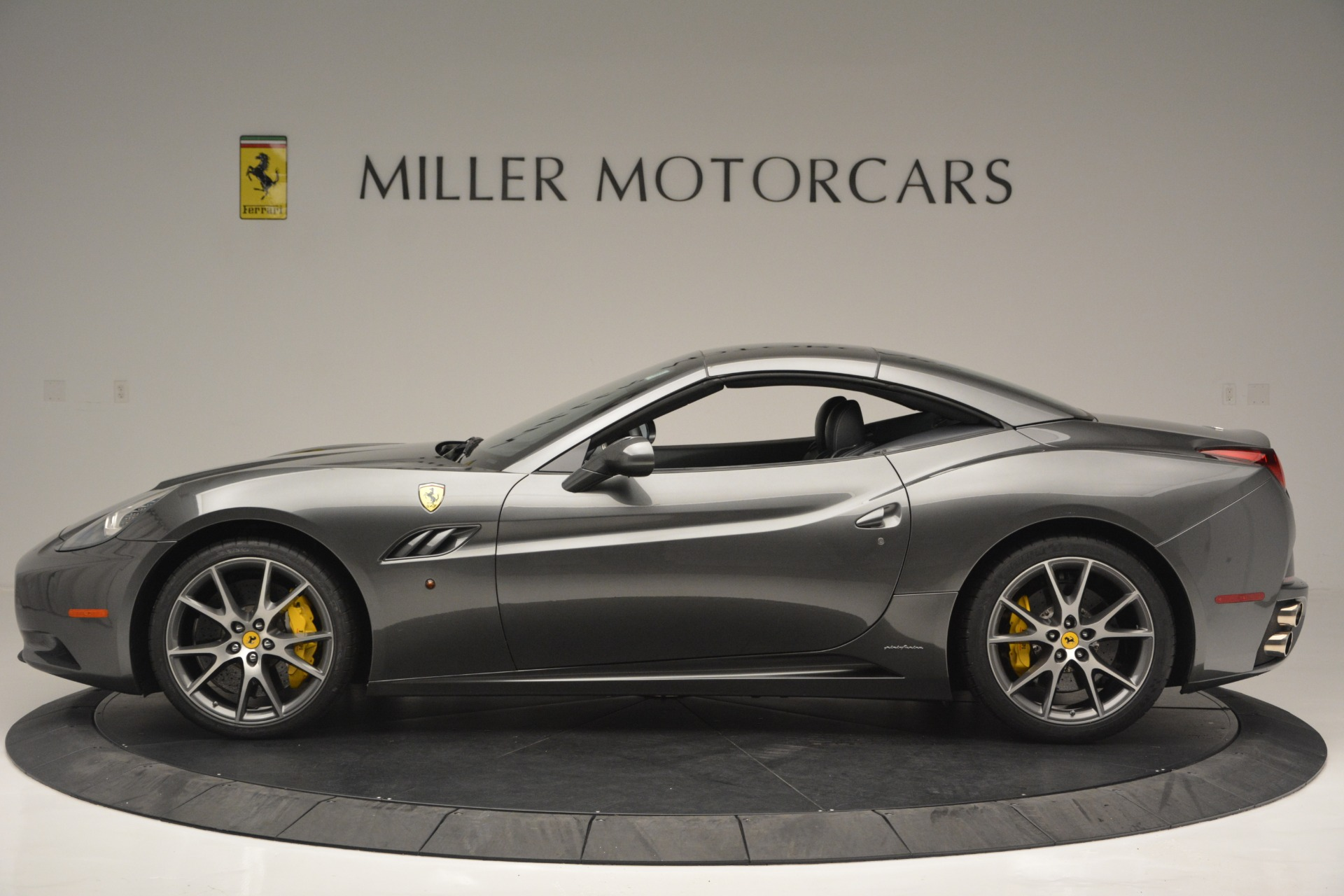 Used 2013 Ferrari California 30 For Sale In Greenwich, CT 2559_p15