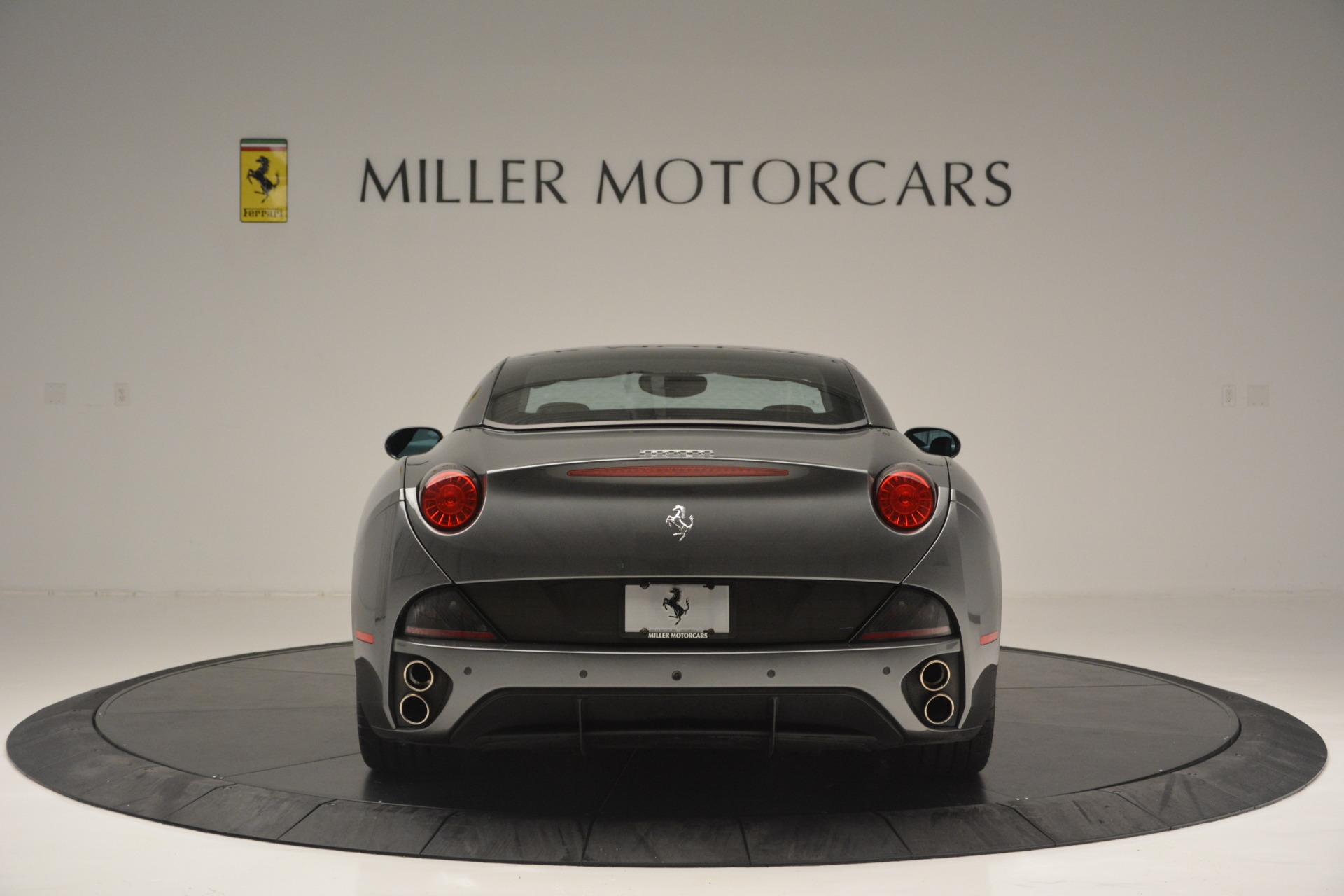 Used 2013 Ferrari California 30 For Sale In Greenwich, CT 2559_p18