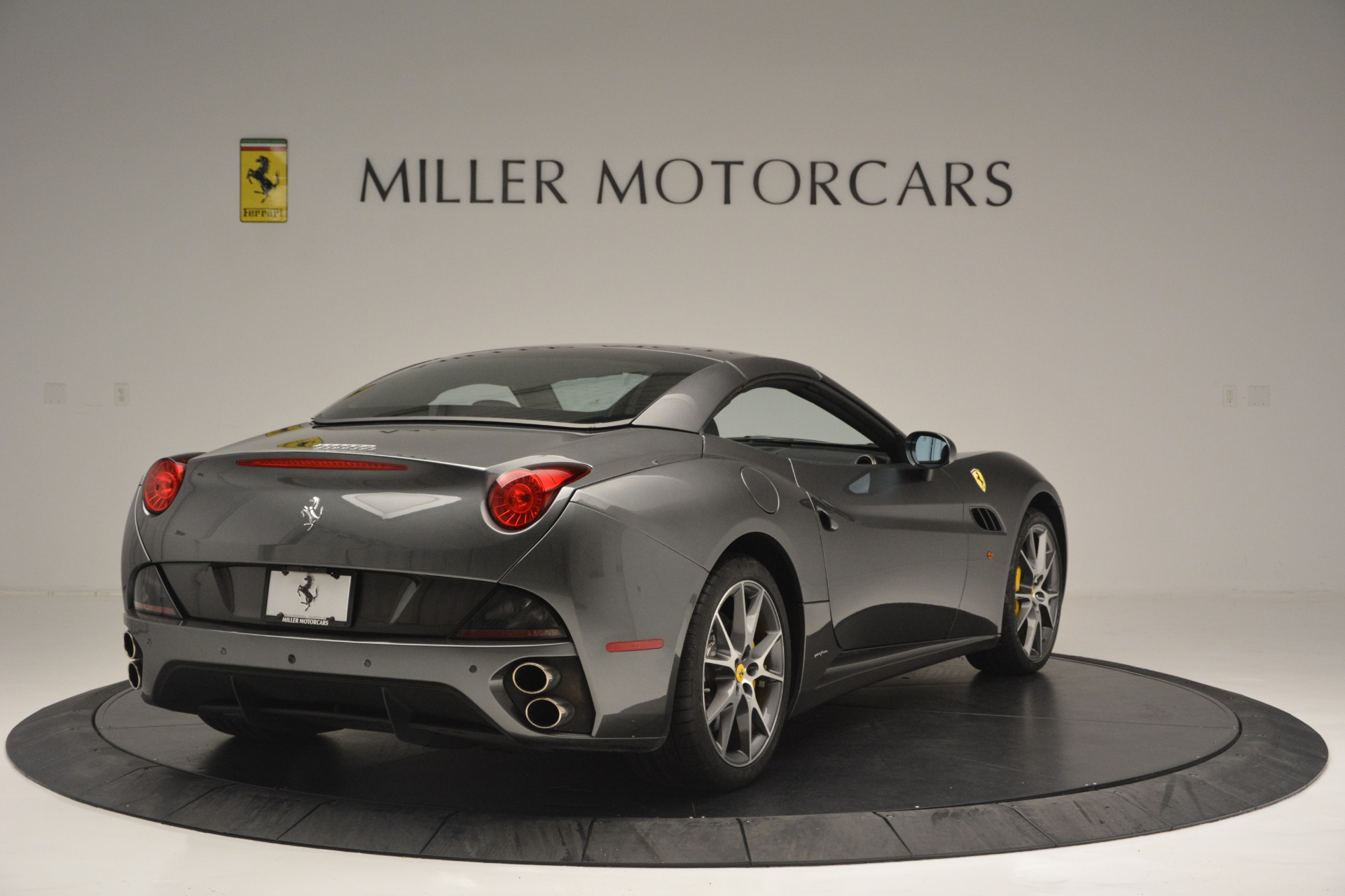 Used 2013 Ferrari California 30 For Sale In Greenwich, CT 2559_p19