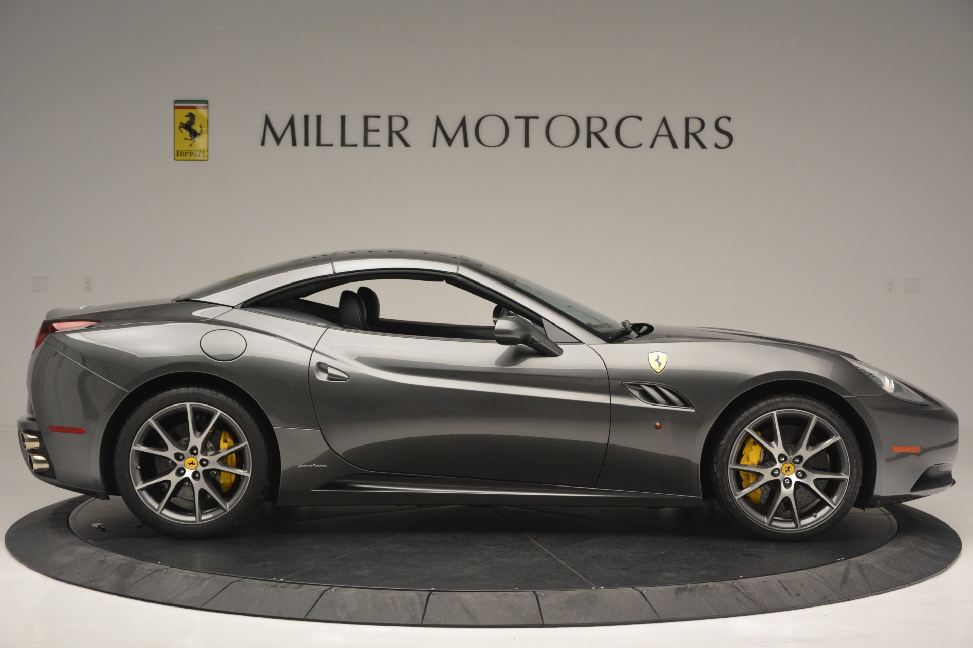 Used 2013 Ferrari California 30 For Sale In Greenwich, CT 2559_p21