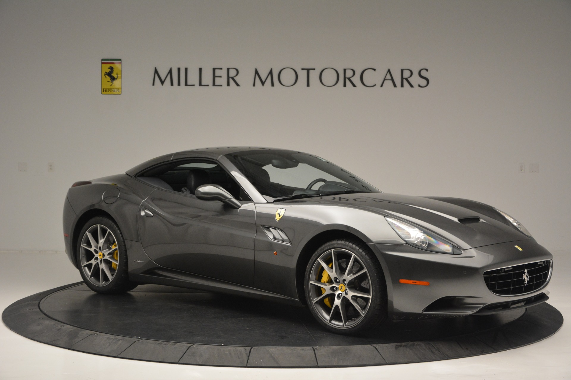 Used 2013 Ferrari California 30 For Sale In Greenwich, CT 2559_p22