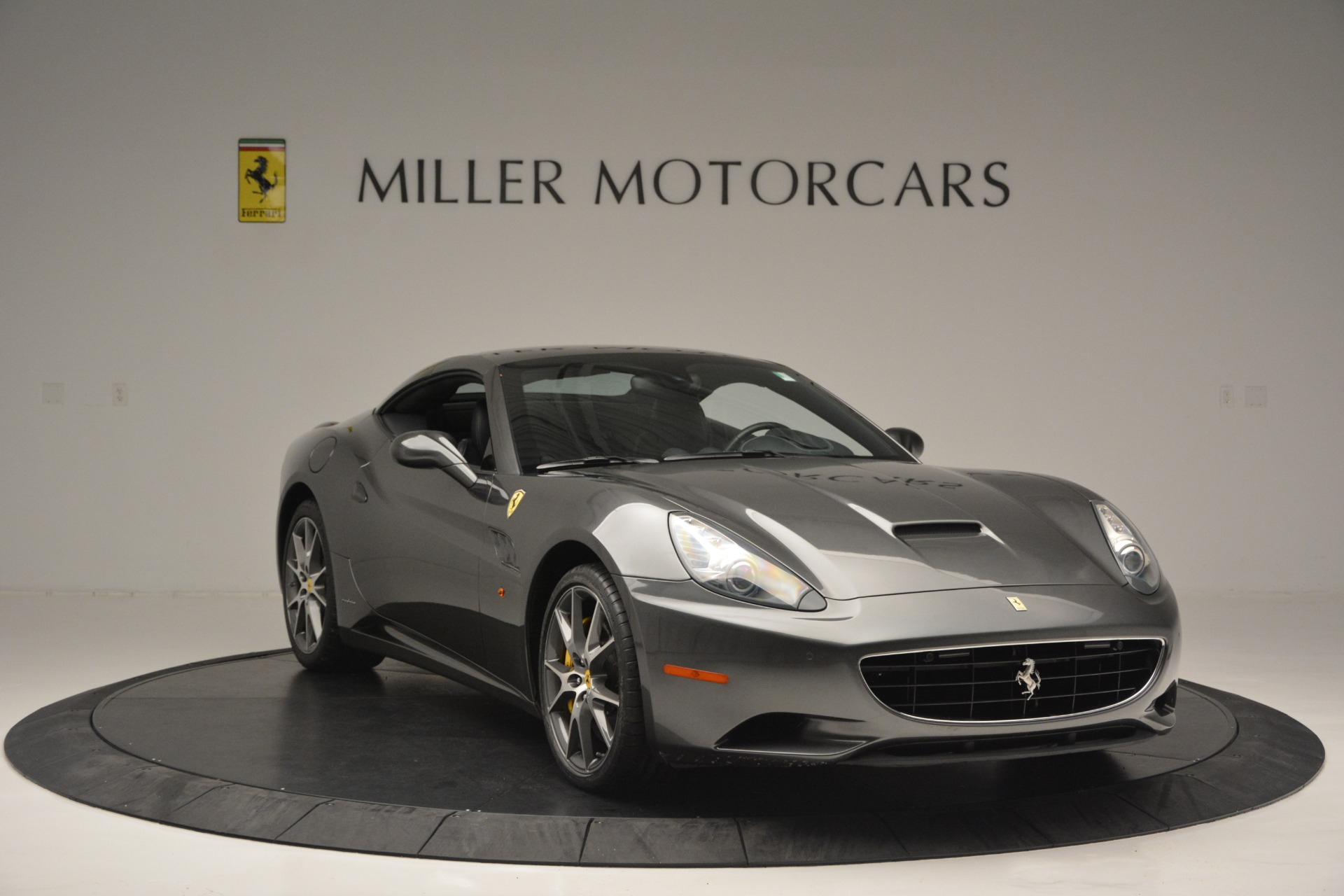 Used 2013 Ferrari California 30 For Sale In Greenwich, CT 2559_p23