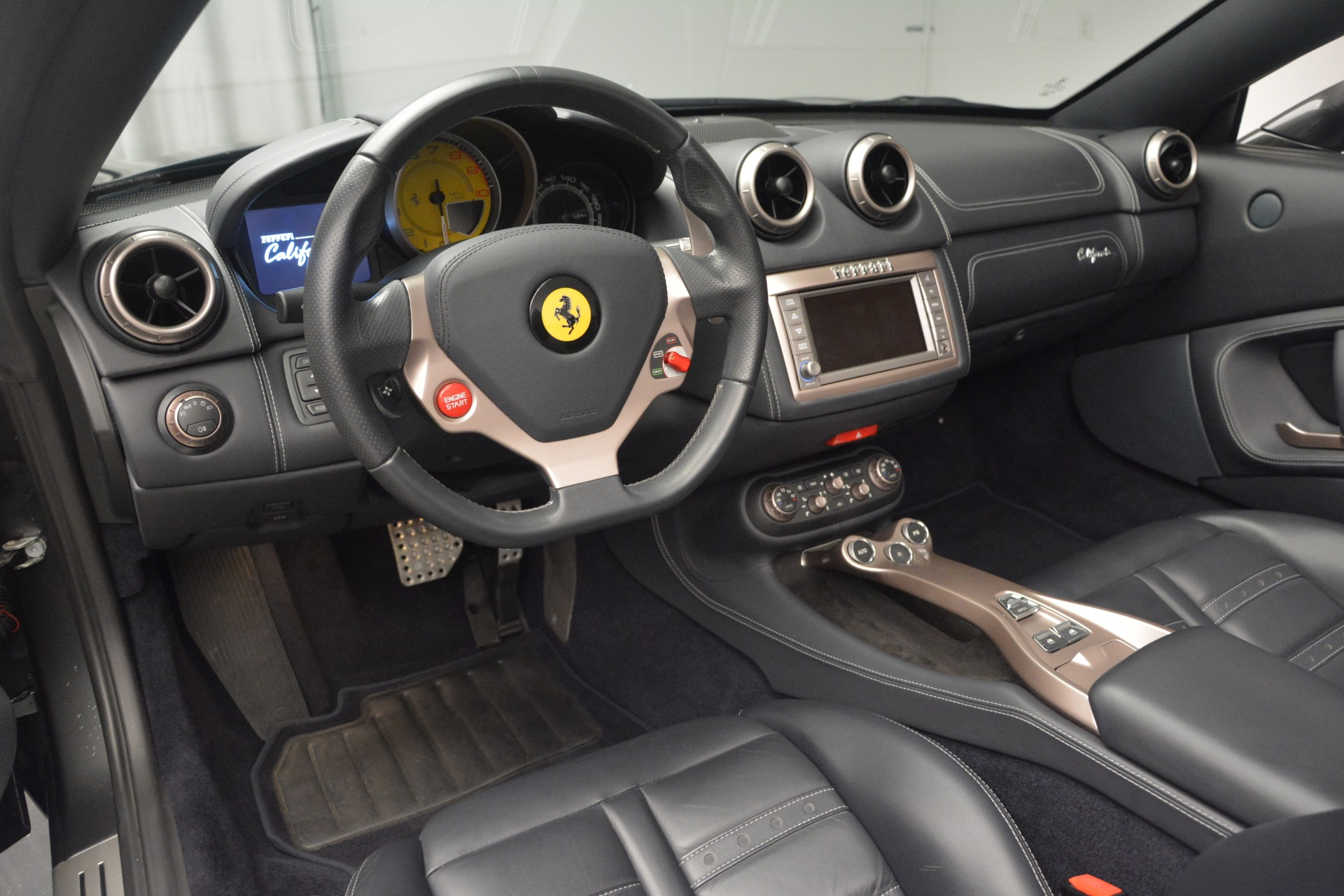 Used 2013 Ferrari California 30 For Sale In Greenwich, CT 2559_p25