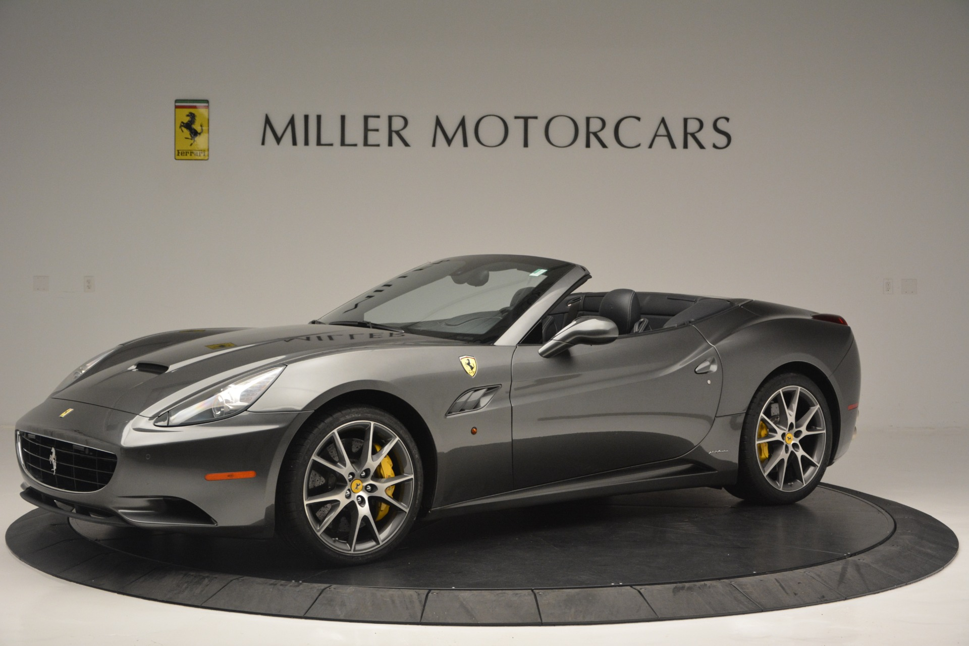 Used 2013 Ferrari California 30 For Sale In Greenwich, CT 2559_p2