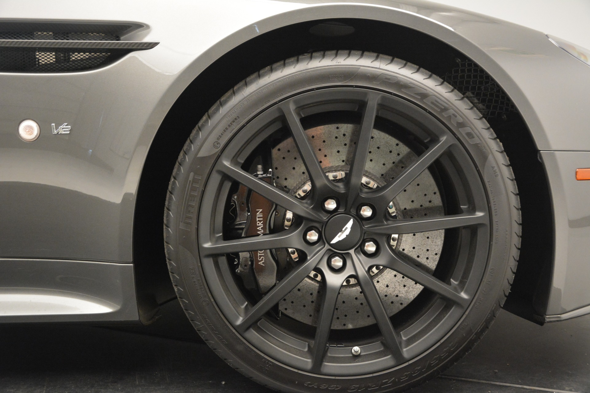 Used 2017 Aston Martin V12 Vantage S  For Sale In Greenwich, CT 2561_p23